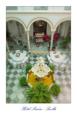 Hotel Simon (西蒙酒店)