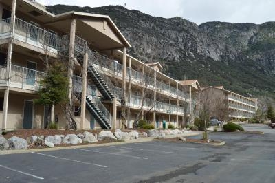Yosemite View Lodge (约塞米蒂景观酒店)