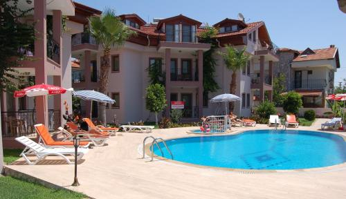 Minta Apartments