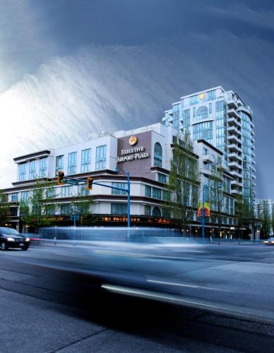 Executive Hotel Vancouver Airport.