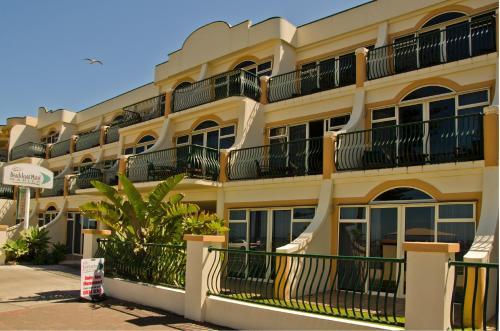 ビーチフロント モーテル