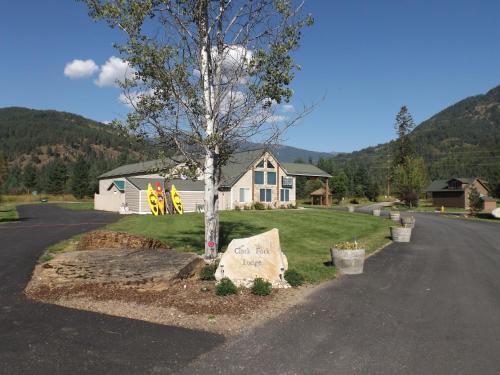 Clark Fork Lodge
