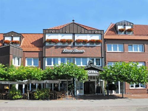 ホテル レストラン トムセン