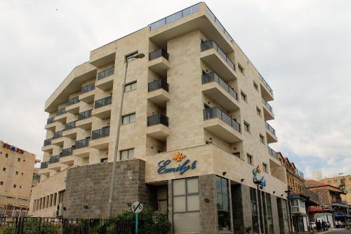 Emily's Hotel
