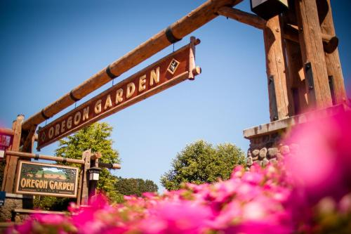 Oregon Garden Resort