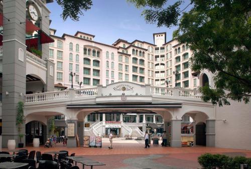 ด้านหน้าอาคารหรือทางเข้าของ Fraser Place Robertson Walk Singapore