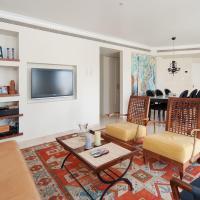 Luxurious Elegant Golda Park Apartment