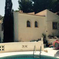 Pine forest house in Altea