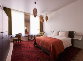 Hotel Miss Blanche Suites & Apartments