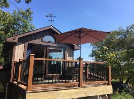 Barn & Hay Loft Retreat, Greenwood