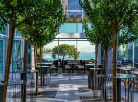 AC Hotel by Marriott San Francisco Airport/Oyster Point Waterfront, เซาธ์ซานฟรานซิสโก