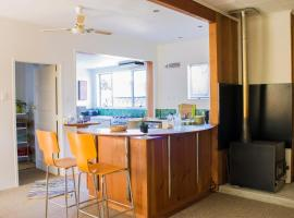 Spacious Indoor-Outdoor Living Near Beach, Wineries & Riverside Cycle Trails, Haumoana