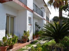Hostal Casa Torrent, Canet de Mar