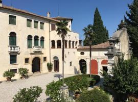 Palazzo Serena