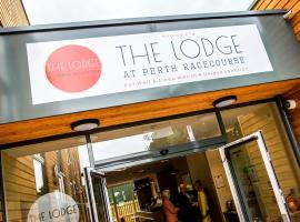The Lodge At Perth Racecourse, เพิร์ท