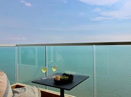 Dasiri Cetus 1BR Beachfront Condo 27th Floor