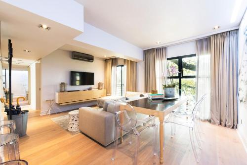 Collection Luxury Apartments - Concord 11