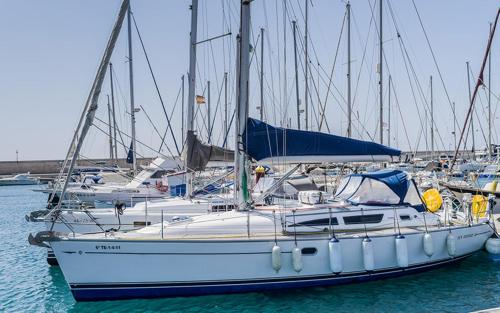 Yacht Brego - A Different Way to Stay