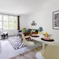 Heart of Kensington Apartment