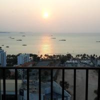 Centric Sea 831 by Pattaya Holiday