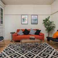 Amazing 4BR on The Plateau Mont-Royal by HomeFeel