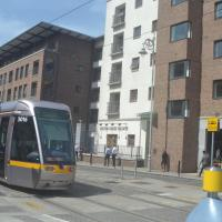 2 Bed Apt on Luas Red Line Dublin 1 - Free Parking