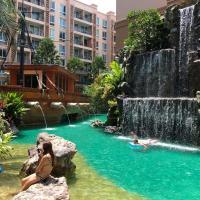 Atlantis condo Resort Luxe