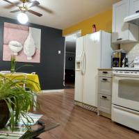 Apartment on Radisson 725