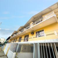 Residencial Tuci </h2 <div class=sr-card__item sr-card__item--badges <div class= sr-card__badge sr-card__badge--class u-margin:0  data-ga-track=click data-ga-category=SR Card Click data-ga-action=Hotel rating data-ga-label=book_window: 10 day(s)  <span class=bh-quality-bars bh-quality-bars--small  data-bui-component=Tooltip title=Classificação da Booking.com para <strongacomodações semelhantes a casas e apartamentos</strong. Essa classificação representa os níveis de qualidade com base em fatores como instalações, tamanho, localização e serviço. data-tooltip-position=bottom data-et-click=customGoal:NAFQOeaLQeUYCSJabJNCRbQfXJOOIBBO:4  <svg class=bk-icon -iconset-square_rating fill=#FEBB02 height=16 width=16<use xlink:href=#icon-iconset-square_rating</use</svg<svg class=bk-icon -iconset-square_rating fill=#FEBB02 height=16 width=16<use xlink:href=#icon-iconset-square_rating</use</svg<svg class=bk-icon -iconset-square_rating fill=#FEBB02 height=16 width=16<use xlink:href=#icon-iconset-square_rating</use</svg </span </div   <div style=padding: 2px 0  <div class=bui-review-score c-score bui-review-score--smaller <div class=bui-review-score__badge 8,9 </div <div class=bui-review-score__content <div class=bui-review-score__title Fabuloso </div </div </div   </div </div <div class=c-unit-configuration  <div class=c-unit-configuration--dots c-unit-configuration--bolder 1 quarto • <span class=c-unit-configuration__item1 sala</span • <span class=c-unit-configuration__item1 cama</span </div </div <div class=sr-card__item sr-card__item--location  data-ga-track=click data-ga-category=SR Card Click data-ga-action=Hotel location data-ga-label=book_window: 10 day(s)  <svg class=bk-icon -iconset-geo_pin sr_svg__card_icon height=12 width=12<use xlink:href=#icon-iconset-geo_pin</use</svg <div class= sr-card__item__content   Bombas, Bombinhas </div </div </div <div class= sr-card__price sr-card__price--urgency m_sr_card__price_with_unit_name  data-et-view= BKPBOLBdJNJDKVJWcC:1  OMOQcUFDCXSWAbDZAWe:1    <div class=m_sr_card__price_unit_name m_sr_card__price_small Apartamento </div <div data-et-view=OMeRQWNdbLGMGcZUYaTTDPdVO:1</div <div data-et-view=OMeRQWNdbLGMGcZUYaTTDPdVO:6</div    <div class=sr_price_wrap    data-et-view=       <span class= sr-card__price-rack-rate  data-component=tooltip data-tooltip-text= data-deal-rack=rackrate data-discount=16 data-ga-track=click data-ga-category=SR Card Click data-ga-action=Rack rate data-ga-label=book_window: 10 day(s)  TL 87 </span   <span class=sr-card__price-cheapest  data-ga-track=click data-ga-category=SR Card Click data-ga-action=Hotel price data-ga-label=book_window: 10 day(s)   TL 73 </span  </div       <div class=prd-taxes-and-fees-under-price  blockuid- charges-type-5 data-excl-charges-raw=87.69 data-cur-stage=5  os impostos e taxas podem variar </div     <p class=urgency_price   <span class=sr_simple_card_price_from sr_simple_card_price_includes--text data-ga-track=click data-ga-category=SR Card Click data-ga-action=Hotel price persuasion data-ga-label=book_window: 10 day(s) data-et-view=   <span class=sr-card__item--strongSó temos mais 1</span! </span </p <div class=breakfast_included--constructive u-font-weight:bold </div </div </div </a </li <div data-et-view=cJaQWPWNEQEDSVWe:1</div <li id=hotel_4543737 data-is-in-favourites=0 data-hotel-id='4543737' class=sr-card sr-card--arrow bui-card bui-u-bleed@small js-sr-card m_sr_info_icons card-halved card-halved--active   <a href=/hotel/br/aluguel-casa-bombinhas.pt-br.html?label=gen173nr-1FCAQoggJCCmRpc3RyaWN0X1hILVgEaOQBiAEBmAEtuAEYyAEF2AEB6AEB-AEDiAIBqAIEuALivI_nBcACAQ&sid=ea2032b19ab54b8b1f533d3b2cb867e2&all_sr_blocks=454373702_140554657_2_0_0&checkin=2019-05-31&checkout=2019-06-01&dest_type=district&fcpilot=0&hapos=4&highlighted_blocks=454373702_140554657_2_0_0&hpos=4&nflt=pri%3D&sr_order=price&srepoch=1558437474&srpvid=e6424f7176f60239&ucfs=1&bhgwe_cep=1&bhgwe_bhr=1&matching_block_id=454373702_140554657_2_0_0&srhp=1&ref_is_wl=1 target=_blank class=sr-card__row bui-card__content data-et-view=  <div class=sr-card__image js-sr_simple_card_hotel_image has-debolded-deal js-lazy-image sr-card__image--lazy data-src=https://q-ak.bstatic.com/xdata/images/hotel/square200/178536768.jpg?k=3e64ae78110b46f8590fc1bfe9000f7a7c7b409760c86a29e1e7bebaeb6ccc02&o=&s=1,https://q-ak.bstatic.com/xdata/images/hotel/max1024x768/178536768.jpg?k=71a6c529a9e058c8a86164fedadbbee9d264f621d4aaff4cf500a4129c2260ae&o=&s=1  <div class=sr-card__image-inner css-loading-hidden <div class=sr-card__quick-preview s70 style=display: none; <div class=sr-card__quick-preview-inner <div class=icon-rectangle-below</div <div class=icon-rectangle-above</div </div </div </div <noscript <div class=sr-card__image--nojs style=background-image: url('https://q-ak.bstatic.com/xdata/images/hotel/square200/178536768.jpg?k=3e64ae78110b46f8590fc1bfe9000f7a7c7b409760c86a29e1e7bebaeb6ccc02&o=&s=1')</div </noscript </div <div class=sr-card__details data-et-click=     <div class=sr-card_details__inner <div data-et-view= NAFQICFHUeUEBETbTLeeZAAZbeEHJNAFLPGWEYZLPYO:1 NAFQICFHUeUEBETbTLeeZAAZbeEHJNAFLPGWEYZLPYO:2 </div <span class=bui-badge bh-property-type data-component=bh/exposure-counter data-exposure-value=1 Casas e apartamentos</span <h2 class=sr-card__name u-margin:0 u-padding:0 data-ga-track=click data-ga-category=SR Card Click data-ga-action=Hotel name data-ga-label=book_window: 10 day(s)  Aluguel casa Bombinhas </h2 <div class=sr-card__item sr-card__item--badges <div style=padding: 2px 0  <div class=bui-review-score c-score bui-review-score--smaller <div class=bui-review-score__badge 8,6 </div <div class=bui-review-score__content <div class=bui-review-score__title Fabuloso </div </div </div   </div </div <div class=c-unit-configuration  <div class=c-unit-configuration--dots c-unit-configuration--bolder 1 quarto • <span class=c-unit-configuration__item1 sala</span • <span class=c-unit-configuration__item1 cama</span </div </div <div class=sr-card__item sr-card__item--location  data-ga-track=click data-ga-category=SR Card Click data-ga-action=Hotel location data-ga-label=book_window: 10 day(s)  <svg class=bk-icon -iconset-geo_pin sr_svg__card_icon height=12 width=12<use xlink:href=#icon-iconset-geo_pin</use</svg <div class= sr-card__item__content   , Bombinhas &bull;  do(a) Bombas </div </div </div <div class= sr-card__price m_sr_card__price_with_unit_name  data-et-view= BKPBOLBdJNJDKVJWcC:1  OMOQcUFDCXSWAbDZAWe:1    <div class=m_sr_card__price_unit_name m_sr_card__price_small Casa de 1 Quarto </div <div data-et-view=OMeRQWNdbLGMGcZUYaTTDPdVO:6</div    <div class=sr_price_wrap   sr_simple_card_price--include-free-cancelation   data-et-view=      <span class=sr-card__price-cheapest  data-ga-track=click data-ga-category=SR Card Click data-ga-action=Hotel price data-ga-label=book_window: 10 day(s)   TL 73 </span  </div       <div class=prd-taxes-and-fees-under-price  blockuid- charges-type-2 data-excl-charges-raw=146.15 data-cur-stage=2  +TL 146 em impostos e taxas  </div     <p class=urgency_price   <span class=sr_simple_card_price_from sr_simple_card_price_includes--text data-ga-track=click data-ga-category=SR Card Click data-ga-action=Hotel price persuasion data-ga-label=book_window: 10 day(s) data-et-view=   <span class=sr-card__item--strongSó temos mais 1</span! </span </p <div class=breakfast_included--constructive u-font-weight:bold </div <p class=sr_simple_card_price_includes css-loading-hidden <span Cancelamento <span class=sr-card__item--strongGRÁTIS</span </span </p </div </div </a </li <div data-et-view=cJaQWPWNEQEDSVWe:1</div <li id=hotel_3665031 data-is-in-favourites=0 data-hotel-id='3665031' class=sr-card sr-card--arrow bui-card bui-u-bleed@small js-sr-card m_sr_info_icons card-halved card-halved--active   <a href=/hotel/br/residencial-recanto-das-corujas.pt-br.html?label=gen173nr-1FCAQoggJCCmRpc3RyaWN0X1hILVgEaOQBiAEBmAEtuAEYyAEF2AEB6AEB-AEDiAIBqAIEuALivI_nBcACAQ&sid=ea2032b19ab54b8b1f533d3b2cb867e2&all_sr_blocks=366503107_122703056_2_0_0&checkin=2019-05-31&checkout=2019-06-01&dest_type=district&fcpilot=0&hapos=5&highlighted_blocks=366503107_122703056_2_0_0&hpos=5&nflt=pri%3D&sr_order=price&srepoch=1558437474&srpvid=e6424f7176f60239&ucfs=1&bhgwe_bhr=0&matching_block_id=366503107_122703056_2_0_0&ref_is_wl=1&srhp=1 target=_blank class=sr-card__row bui-card__content data-et-view=  <div class=sr-card__image js-sr_simple_card_hotel_image has-debolded-deal js-lazy-image sr-card__image--lazy data-src=https://r-ak.bstatic.com/xdata/images/hotel/square200/149133798.jpg?k=047267b9e61d629e97b37a49c08c1b51916bb95f9783ae8a471c33b87a61e4de&o=&s=1,https://r-ak.bstatic.com/xdata/images/hotel/max1024x768/149133798.jpg?k=7a4efcbc6701e90300199d923a41c6b8fe7bb563cf6804d4f2ea2b11af7c9e1d&o=&s=1  <div class=sr-card__image-inner css-loading-hidden <div class=sr-card__quick-preview s70 style=display: none; <div class=sr-card__quick-preview-inner <div class=icon-rectangle-below</div <div class=icon-rectangle-above</div </div </div </div <noscript <div class=sr-card__image--nojs style=background-image: url('https://r-ak.bstatic.com/xdata/images/hotel/square200/149133798.jpg?k=047267b9e61d629e97b37a49c08c1b51916bb95f9783ae8a471c33b87a61e4de&o=&s=1')</div </noscript </div <div class=sr-card__details data-et-click=     <div class=sr-card_details__inner <div data-et-view= NAFQICFHUeUEBETbTLeeZAAZbeEHJNAFLPGWEYZLPYO:1 NAFQICFHUeUEBETbTLeeZAAZbeEHJNAFLPGWEYZLPYO:2 </div <span class=bui-badge bh-property-type data-component=bh/exposure-counter data-exposure-value=1 Casas e apartamentos</span <h2 class=sr-card__name u-margin:0 u-padding:0 data-ga-track=click data-ga-category=SR Card Click data-ga-action=Hotel name data-ga-label=book_window: 10 day(s)  Residencial Recanto das Corujas </h2 <div class=sr-card__item sr-card__item--badges <div class= sr-card__badge sr-card__badge--class u-margin:0  data-ga-track=click data-ga-category=SR Card Click data-ga-action=Hotel rating data-ga-label=book_window: 10 day(s)  <span class=bh-quality-bars bh-quality-bars--small  data-bui-component=Tooltip title=Classificação da Booking.com para <strongacomodações semelhantes a casas e apartamentos</strong. Essa classificação representa os níveis de qualidade com base em fatores como instalações, tamanho, localização e serviço. data-tooltip-position=bottom data-et-click=customGoal:NAFQOeaLQeUYCSJabJNCRbQfXJOOIBBO:4  <svg class=bk-icon -iconset-square_rating fill=#FEBB02 height=16 width=16<use xlink:href=#icon-iconset-square_rating</use</svg<svg class=bk-icon -iconset-square_rating fill=#FEBB02 height=16 width=16<use xlink:href=#icon-iconset-square_rating</use</svg </span </div   <div style=padding: 2px 0  <div class=bui-review-score c-score bui-review-score--smaller <div class=bui-review-score__badge 8,3 </div <div class=bui-review-score__content <div class=bui-review-score__title Muito bom </div </div </div   </div </div <div class=sr-card__item sr-card__item--location  data-ga-track=click data-ga-category=SR Card Click data-ga-action=Hotel location data-ga-label=book_window: 10 day(s)  <svg class=bk-icon -iconset-geo_pin sr_svg__card_icon height=12 width=12<use xlink:href=#icon-iconset-geo_pin</use</svg <div class= sr-card__item__content   Bombas, Bombinhas </div </div </div <div class= sr-card__price sr-card__price--urgency m_sr_card__price_with_unit_name  data-et-view= BKPBOLBdJNJDKVJWcC:1  OMOQcUFDCXSWAbDZAWe:1    <div class=m_sr_card__price_unit_name m_sr_card__price_small Quarto Duplo com Banheiro Privativo </div <div data-et-view=OMeRQWNdbLGMGcZUYaTTDPdVO:6</div    <div class=sr_price_wrap    data-et-view=      <span class=sr-card__price-cheapest  data-ga-track=click data-ga-category=SR Card Click data-ga-action=Hotel price data-ga-label=book_window: 10 day(s)   TL 73 </span  </div       <div class=prd-taxes-and-fees-under-price  blockuid- charges-type-5 data-excl-charges-raw=43.85 data-cur-stage=5  os impostos e taxas podem variar </div     <p class=urgency_price   <span class=sr_simple_card_price_from sr_simple_card_price_includes--text data-ga-track=click data-ga-category=SR Card Click data-ga-action=Hotel price persuasion data-ga-label=book_window: 10 day(s) data-et-view=   <span class=sr-card__item--strongSó temos mais 1</span! </span </p <div class=breakfast_included--constructive u-font-weight:bold </div </div </div </a </li <div data-et-view=cJaQWPWNEQEDSVWe:1</div <li id=hotel_4675184 data-is-in-favourites=0 data-hotel-id='4675184' class=sr-card sr-card--arrow bui-card bui-u-bleed@small js-sr-card m_sr_info_icons card-halved card-halved--active   <a href=/hotel/br/camping-do-fabao-brisas-do-mar.pt-br.html?label=gen173nr-1FCAQoggJCCmRpc3RyaWN0X1hILVgEaOQBiAEBmAEtuAEYyAEF2AEB6AEB-AEDiAIBqAIEuALivI_nBcACAQ&sid=ea2032b19ab54b8b1f533d3b2cb867e2&all_sr_blocks=467518401_144342945_1_0_0%2C467518401_144342945_1_0_0&checkin=2019-05-31&checkout=2019-06-01&dest_type=district&fcpilot=0&hapos=6&highlighted_blocks=467518401_144342945_1_0_0%2C467518401_144342945_1_0_0&hpos=6&nflt=pri%3D&sr_order=price&srepoch=1558437474&srpvid=e6424f7176f60239&ucfs=1&matching_block_id=467518401_144342945_1_0_0&ref_is_wl=1&srhp=1 target=_blank class=sr-card__row bui-card__content data-et-view=  <div class=sr-card__image js-sr_simple_card_hotel_image has-debolded-deal js-lazy-image sr-card__image--lazy data-src=https://r-ak.bstatic.com/xdata/images/hotel/square200/183284083.jpg?k=dcfe939873b42abf54a946ee7db9e89c7686ba637a3a2034077cf1b6c025e514&o=&s=1,https://q-ak.bstatic.com/xdata/images/hotel/max1024x768/183284083.jpg?k=029e0bee5a5b620c4ec698db07d18fb9220568a815304eaccb1eb22d74b9d7f1&o=&s=1  <div class=sr-card__image-inner css-loading-hidden <div class=sr-card__quick-preview s70 style=display: none; <div class=sr-card__quick-preview-inner <div class=icon-rectangle-below</div <div class=icon-rectangle-above</div </div </div </div <noscript <div class=sr-card__image--nojs style=background-image: url('https://r-ak.bstatic.com/xdata/images/hotel/square200/183284083.jpg?k=dcfe939873b42abf54a946ee7db9e89c7686ba637a3a2034077cf1b6c025e514&o=&s=1')</div </noscript </div <div class=sr-card__details data-et-click=     <div class=sr-card_details__inner <h2 class=sr-card__name u-margin:0 u-padding:0 data-ga-track=click data-ga-category=SR Card Click data-ga-action=Hotel name data-ga-label=book_window: 10 day(s)  CAMPING DO FABÃO BRISAS DO MAR </h2 <div class=sr-card__item sr-card__item--badges <div style=padding: 2px 0    </div </div <div class=sr-card__item sr-card__item--location  data-ga-track=click data-ga-category=SR Card Click data-ga-action=Hotel location data-ga-label=book_window: 10 day(s)  <svg class=bk-icon -iconset-geo_pin sr_svg__card_icon height=12 width=12<use xlink:href=#icon-iconset-geo_pin</use</svg <div class= sr-card__item__content   , Balneário Camboriú &bull;  do(a) Bombas </div </div </div <div class= sr-card__price m_sr_card__price_with_unit_name  data-et-view= BKPBOLBdJNJDKVJWcC:1  OMOQcUFDCXSWAbDZAWe:1    <div class=m_sr_card__price_unit_name m_sr_card__price_small 2 x Barraca de Camping </div    <div class=sr_price_wrap   sr_simple_card_price--include-free-cancelation   data-et-view=      <span class=sr-card__price-cheapest  data-ga-track=click data-ga-category=SR Card Click data-ga-action=Hotel price data-ga-label=book_window: 10 day(s)   TL 73 </span  </div       <div class=prd-taxes-and-fees-under-price  blockuid- charges-type-2 data-excl-charges-raw=29.24 data-cur-stage=2  +TL 29 em impostos e taxas  </div     <div class=breakfast_included--constructive u-font-weight:bold </div <p class=sr_simple_card_price_includes css-loading-hidden <span Cancelamento <span class=sr-card__item--strongGRÁTIS</span </span </p </div </div </a </li <div data-et-view=cJaQWPWNEQEDSVWe:1</div <li id=hotel_5062581 data-is-in-favourites=0 data-hotel-id='5062581' class=sr-card sr-card--arrow bui-card bui-u-bleed@small js-sr-card m_sr_info_icons card-halved card-halved--active   <a href=/hotel/br/hostel-los-manos.pt-br.html?label=gen173nr-1FCAQoggJCCmRpc3RyaWN0X1hILVgEaOQBiAEBmAEtuAEYyAEF2AEB6AEB-AEDiAIBqAIEuALivI_nBcACAQ&sid=ea2032b19ab54b8b1f533d3b2cb867e2&all_sr_blocks=506258102_174236038_2_42_0&checkin=2019-05-31&checkout=2019-06-01&dest_type=district&hapos=7&highlighted_blocks=506258102_174236038_2_42_0&hpos=7&nflt=pri%3D&sr_order=price&srepoch=1558437474&srpvid=e6424f7176f60239&ucfs=1&matching_block_id=506258102_174236038_2_0_0&srhp=1&ref_is_wl=1 target=_blank class=sr-card__row bui-card__content data-et-view=  <div class=sr-card__image js-sr_simple_card_hotel_image has-debolded-deal js-lazy-image sr-card__image--lazy data-src=https://r-ak.bstatic.com/xdata/images/hotel/square200/198331074.jpg?k=90cfa5ef4e902c52d2ecc9eb51d8937a2f47349e3c26f4543c2a51c2e9c099d8&o=&s=1,https://r-ak.bstatic.com/xdata/images/hotel/max1024x768/198331074.jpg?k=04f95f0548b1855018d44d7815a0eb96f7166bc1ca7aeff7b4a5dbab625f1f3b&o=&s=1  <div class=sr-card__image-inner css-loading-hidden <div class=sr-card__quick-preview s70 style=display: none; <div class=sr-card__quick-preview-inner <div class=icon-rectangle-below</div <div class=icon-rectangle-above</div </div </div </div <noscript <div class=sr-card__image--nojs style=background-image: url('https://r-ak.bstatic.com/xdata/images/hotel/square200/198331074.jpg?k=90cfa5ef4e902c52d2ecc9eb51d8937a2f47349e3c26f4543c2a51c2e9c099d8&o=&s=1')</div </noscript </div <div class=sr-card__details data-et-click=     <div class=sr-card_details__inner <h2 class=sr-card__name u-margin:0 u-padding:0 data-ga-track=click data-ga-category=SR Card Click data-ga-action=Hotel name data-ga-label=book_window: 10 day(s)  Hostel Los Manos </h2 <div class=sr-card__item sr-card__item--badges <div style=padding: 2px 0    </div </div <div class=sr-card__item sr-card__item--location  data-ga-track=click data-ga-category=SR Card Click data-ga-action=Hotel location data-ga-label=book_window: 10 day(s)  <svg class=bk-icon -iconset-geo_pin sr_svg__card_icon height=12 width=12<use xlink:href=#icon-iconset-geo_pin</use</svg <div class= sr-card__item__content   , Balneário Camboriú &bull;  do(a) Bombas </div </div </div <div class= sr-card__price m_sr_card__price_with_unit_name  data-et-view= BKPBOLBdJNJDKVJWcC:1  OMOQcUFDCXSWAbDZAWe:1    <div class=m_sr_card__price_unit_name m_sr_card__price_small Quarto Duplo </div <div data-et-view=OMeRQWNdbLGMGcZUYaTTDPdVO:3</div <div data-et-view=OMeRQWNdbLGMGcZUYaTTDPdVO:6</div    <div class=sr_price_wrap   sr_simple_card_price--include-free-cancelation   data-et-view=      <span class=sr-card__price-cheapest  data-ga-track=click data-ga-category=SR Card Click data-ga-action=Hotel price data-ga-label=book_window: 10 day(s)   TL 73 </span  </div       <div class=prd-taxes-and-fees-under-price  blockuid- charges-type-1 data-excl-charges-raw= data-cur-stage=1  impostos e taxas incluídos </div     <p class=urgency_price   <span class=sr_simple_card_price_from sr_simple_card_price_includes--text data-ga-track=click data-ga-category=SR Card Click data-ga-action=Hotel price persuasion data-ga-label=book_window: 10 day(s) data-et-view=   <span class=sr-card__item--strongSó temos mais 1</span! </span </p <div class=breakfast_included--constructive u-font-weight:bold </div  <p class=sr_simple_card_price_includes css-loading-hidden <span <span class=sr-card__item--strongCancelamento GRÁTIS</span </span </p <p class=sr_simple_card_price_includes css-loading-hidden <span <span class=u-display-block u-font-weight-boldNÃO REQUER PRÉ-PAGAMENTO</span - pague na acomodação </span </p  </div </div </a </li <div data-et-view=cJaQWPWNEQEDSVWe:1</div <li id=hotel_4378223 data-is-in-favourites=0 data-hotel-id='4378223' class=sr-card sr-card--arrow bui-card bui-u-bleed@small js-sr-card m_sr_info_icons card-halved card-halved--active   <a href=/hotel/br/da-silva-chale.pt-br.html?label=gen173nr-1FCAQoggJCCmRpc3RyaWN0X1hILVgEaOQBiAEBmAEtuAEYyAEF2AEB6AEB-AEDiAIBqAIEuALivI_nBcACAQ&sid=ea2032b19ab54b8b1f533d3b2cb867e2&all_sr_blocks=437822303_141157602_2_0_0&checkin=2019-05-31&checkout=2019-06-01&dest_type=district&fcpilot=0&hapos=8&highlighted_blocks=437822303_141157602_2_0_0&hpos=8&nflt=pri%3D&sr_order=price&srepoch=1558437474&srpvid=e6424f7176f60239&ucfs=1&matching_block_id=437822303_141157602_2_0_0&ref_is_wl=1&srhp=1 target=_blank class=sr-card__row bui-card__content data-et-view=  <div class=sr-card__image js-sr_simple_card_hotel_image has-debolded-deal js-lazy-image sr-card__image--lazy data-src=https://r-ak.bstatic.com/xdata/images/hotel/square200/172963632.jpg?k=7f2cbeb5da0108264573deabd9a87434a084e8a46a8e3636dfb26b969d002d3a&o=&s=1,https://r-ak.bstatic.com/xdata/images/hotel/max1024x768/172963632.jpg?k=039b5e472cb87b16e38f4b10c9ebd9b1531e6947c45224d39b3ea156cfcf63ad&o=&s=1  <div class=sr-card__image-inner css-loading-hidden <div class=sr-card__quick-preview s70 style=display: none; <div class=sr-card__quick-preview-inner <div class=icon-rectangle-below</div <div class=icon-rectangle-above</div </div </div </div <noscript <div class=sr-card__image--nojs style=background-image: url('https://r-ak.bstatic.com/xdata/images/hotel/square200/172963632.jpg?k=7f2cbeb5da0108264573deabd9a87434a084e8a46a8e3636dfb26b969d002d3a&o=&s=1')</div </noscript </div <div class=sr-card__details data-et-click=     <div class=sr-card_details__inner <h2 class=sr-card__name u-margin:0 u-padding:0 data-ga-track=click data-ga-category=SR Card Click data-ga-action=Hotel name data-ga-label=book_window: 10 day(s)  Da Silva Chalé </h2 <div class=sr-card__item sr-card__item--badges <div style=padding: 2px 0  <div class=bui-review-score c-score bui-review-score--smaller <div class=bui-review-score__badge 9,2 </div <div class=bui-review-score__content <div class=bui-review-score__title Fantástico </div </div </div   </div </div <div class=sr-card__item sr-card__item--location  data-ga-track=click data-ga-category=SR Card Click data-ga-action=Hotel location data-ga-label=book_window: 10 day(s)  <svg class=bk-icon -iconset-geo_pin sr_svg__card_icon height=12 width=12<use xlink:href=#icon-iconset-geo_pin</use</svg <div class= sr-card__item__content   , Santa Lídia &bull;  do(a) Bombas </div </div </div <div class= sr-card__price sr-card__price--urgency m_sr_card__price_with_unit_name  data-et-view= BKPBOLBdJNJDKVJWcC:1  OMOQcUFDCXSWAbDZAWe:1    <div class=m_sr_card__price_unit_name m_sr_card__price_small Quarto Fam&iacute;lia Standard </div <div data-et-view=OMeRQWNdbLGMGcZUYaTTDPdVO:6</div    <div class=sr_price_wrap    data-et-view=      <span class=sr-card__price-cheapest  data-ga-track=click data-ga-category=SR Card Click data-ga-action=Hotel price data-ga-label=book_window: 10 day(s)   TL 83 </span  </div       <div class=prd-taxes-and-fees-under-price  blockuid- charges-type-1 data-excl-charges-raw= data-cur-stage=1  impostos e taxas incluídos </div     <p class=urgency_price   <span class=sr_simple_card_price_from sr_simple_card_price_includes--text data-ga-track=click data-ga-category=SR Card Click data-ga-action=Hotel price persuasion data-ga-label=book_window: 10 day(s) data-et-view=   <span class=sr-card__item--strongSó temos mais 1</span! </span </p <div class=breakfast_included--constructive u-font-weight:bold </div </div </div </a </li <div data-et-view=cJaQWPWNEQEDSVWe:1</div <li id=hotel_4103736 data-is-in-favourites=0 data-hotel-id='4103736' class=sr-card sr-card--arrow bui-card bui-u-bleed@small js-sr-card m_sr_info_icons card-halved card-halved--active   <a href=/hotel/br/le-petit-cherie.pt-br.html?label=gen173nr-1FCAQoggJCCmRpc3RyaWN0X1hILVgEaOQBiAEBmAEtuAEYyAEF2AEB6AEB-AEDiAIBqAIEuALivI_nBcACAQ&sid=ea2032b19ab54b8b1f533d3b2cb867e2&all_sr_blocks=410373601_139497117_1_0_0%2C410373601_139497117_1_0_0&checkin=2019-05-31&checkout=2019-06-01&dest_type=district&fcpilot=0&hapos=9&highlighted_blocks=410373601_139497117_1_0_0%2C410373601_139497117_1_0_0&hpos=9&nflt=pri%3D&sr_order=price&srepoch=1558437474&srpvid=e6424f7176f60239&ucfs=1&matching_block_id=410373601_139497117_1_0_0&ref_is_wl=1&srhp=1 target=_blank class=sr-card__row bui-card__content data-et-view=  <div class=sr-card__image js-sr_simple_card_hotel_image has-debolded-deal js-lazy-image sr-card__image--lazy data-src=https://q-ak.bstatic.com/xdata/images/hotel/square200/163029105.jpg?k=4d3506952140a515bebe2ceb6c95bfbfa445bf6e8dbc1a3b16ee9bb023e598c3&o=&s=1,https://r-ak.bstatic.com/xdata/images/hotel/max1024x768/163029105.jpg?k=4bc00bbf8624470df1f53535c0417e39b717bbe0a997cd4b67b6d64dd8b99f67&o=&s=1  <div class=sr-card__image-inner css-loading-hidden <div class=sr-card__quick-preview s70 style=display: none; <div class=sr-card__quick-preview-inner <div class=icon-rectangle-below</div <div class=icon-rectangle-above</div </div </div </div <noscript <div class=sr-card__image--nojs style=background-image: url('https://q-ak.bstatic.com/xdata/images/hotel/square200/163029105.jpg?k=4d3506952140a515bebe2ceb6c95bfbfa445bf6e8dbc1a3b16ee9bb023e598c3&o=&s=1')</div </noscript </div <div class=sr-card__details data-et-click=     <div class=sr-card_details__inner <h2 class=sr-card__name u-margin:0 u-padding:0 data-ga-track=click data-ga-category=SR Card Click data-ga-action=Hotel name data-ga-label=book_window: 10 day(s)  Le Petit Chérie </h2 <div class=sr-card__item sr-card__item--badges <div style=padding: 2px 0  <div class=bui-review-score c-score bui-review-score--smaller <div class=bui-review-score__badge 8,1 </div <div class=bui-review-score__content <div class=bui-review-score__title Muito bom </div </div </div   </div </div <div class=sr-card__item sr-card__item--location  data-ga-track=click data-ga-category=SR Card Click data-ga-action=Hotel location data-ga-label=book_window: 10 day(s)  <svg class=bk-icon -iconset-geo_pin sr_svg__card_icon height=12 width=12<use xlink:href=#icon-iconset-geo_pin</use</svg <div class= sr-card__item__content   , Blumenau &bull;  do(a) Bombas </div </div </div <div class= sr-card__price m_sr_card__price_with_unit_name  data-et-view= BKPBOLBdJNJDKVJWcC:1  OMOQcUFDCXSWAbDZAWe:1    <div class=m_sr_card__price_unit_name m_sr_card__price_small 2 x Cama de Solteiro em Dormit&oacute;rio  </div    <div class=sr_price_wrap   sr_simple_card_price--include-free-cancelation   data-et-view=      <span class=sr-card__price-cheapest  data-ga-track=click data-ga-category=SR Card Click data-ga-action=Hotel price data-ga-label=book_window: 10 day(s)   TL 83 </span  </div       <div class=prd-taxes-and-fees-under-price  blockuid- charges-type-1 data-excl-charges-raw= data-cur-stage=1  impostos e taxas incluídos </div     <div class=breakfast_included--constructive u-font-weight:bold </div <p class=sr_simple_card_price_includes css-loading-hidden <span Cancelamento <span class=sr-card__item--strongGRÁTIS</span </span </p </div </div </a </li <div data-et-view=cJaQWPWNEQEDSVWe:1</div <li id=hotel_4631911 data-is-in-favourites=0 data-hotel-id='4631911' class=sr-card sr-card--arrow bui-card bui-u-bleed@small js-sr-card m_sr_info_icons card-halved card-halved--active   <a href=/hotel/br/suites-e-penha-sc.pt-br.html?label=gen173nr-1FCAQoggJCCmRpc3RyaWN0X1hILVgEaOQBiAEBmAEtuAEYyAEF2AEB6AEB-AEDiAIBqAIEuALivI_nBcACAQ&sid=ea2032b19ab54b8b1f533d3b2cb867e2&all_sr_blocks=463191101_147498407_2_0_0&checkin=2019-05-31&checkout=2019-06-01&dest_type=district&fcpilot=0&hapos=10&highlighted_blocks=463191101_147498407_2_0_0&hpos=10&nflt=pri%3D&sr_order=price&srepoch=1558437474&srpvid=e6424f7176f60239&ucfs=1&matching_block_id=463191101_147498407_2_0_0&srhp=1&ref_is_wl=1 target=_blank class=sr-card__row bui-card__content data-et-view=  <div class=sr-card__image js-sr_simple_card_hotel_image has-debolded-deal js-lazy-image sr-card__image--lazy data-src=https://q-ak.bstatic.com/xdata/images/hotel/square200/181763215.jpg?k=16ef1a578d516aa96743794ac3e30a96a3f24dd242fe0efa7c924c537446727f&o=&s=1,https://r-ak.bstatic.com/xdata/images/hotel/max1024x768/181763215.jpg?k=9f00fcd0858489ae0acd680645c6f03a638579ca35f39dd737fc337019fe02ce&o=&s=1  <div class=sr-card__image-inner css-loading-hidden <div class=sr-card__quick-preview s70 style=display: none; <div class=sr-card__quick-preview-inner <div class=icon-rectangle-below</div <div class=icon-rectangle-above</div </div </div </div <noscript <div class=sr-card__image--nojs style=background-image: url('https://q-ak.bstatic.com/xdata/images/hotel/square200/181763215.jpg?k=16ef1a578d516aa96743794ac3e30a96a3f24dd242fe0efa7c924c537446727f&o=&s=1')</div </noscript </div <div class=sr-card__details data-et-click=     <div class=sr-card_details__inner <h2 class=sr-card__name u-margin:0 u-padding:0 data-ga-track=click data-ga-category=SR Card Click data-ga-action=Hotel name data-ga-label=book_window: 10 day(s)  Suítes e PENHA-SC </h2 <div class=sr-card__item sr-card__item--badges <div style=padding: 2px 0  <div class=bui-review-score c-score bui-review-score--smaller <div class=bui-review-score__badge 8,8 </div <div class=bui-review-score__content <div class=bui-review-score__title Fabuloso </div </div </div   </div </div <div class=sr-card__item sr-card__item--location  data-ga-track=click data-ga-category=SR Card Click data-ga-action=Hotel location data-ga-label=book_window: 10 day(s)  <svg class=bk-icon -iconset-geo_pin sr_svg__card_icon height=12 width=12<use xlink:href=#icon-iconset-geo_pin</use</svg <div class= sr-card__item__content   , Penha &bull;  do(a) Bombas </div </div </div <div class= sr-card__price m_sr_card__price_with_unit_name  data-et-view= BKPBOLBdJNJDKVJWcC:1  OMOQcUFDCXSWAbDZAWe:1    <div class=m_sr_card__price_unit_name m_sr_card__price_small Su&iacute;te com Varanda </div    <div class=sr_price_wrap    data-et-view=      <span class=sr-card__price-cheapest  data-ga-track=click data-ga-category=SR Card Click data-ga-action=Hotel price data-ga-label=book_window: 10 day(s)   TL 86 </span  </div       <div class=prd-taxes-and-fees-under-price  blockuid- charges-type-1 data-excl-charges-raw= data-cur-stage=1  impostos e taxas incluídos </div     <div class=breakfast_included--constructive u-font-weight:bold </div </div </div </a </li <div data-et-view=cJaQWPWNEQEDSVWe:1</div <li id=hotel_4584964 data-is-in-favourites=0 data-hotel-id='4584964' class=sr-card sr-card--arrow bui-card bui-u-bleed@small js-sr-card m_sr_info_icons card-halved card-halved--active   <a href=/hotel/br/suites-de-veraneio-250mtrs-do-mar.pt-br.html?label=gen173nr-1FCAQoggJCCmRpc3RyaWN0X1hILVgEaOQBiAEBmAEtuAEYyAEF2AEB6AEB-AEDiAIBqAIEuALivI_nBcACAQ&sid=ea2032b19ab54b8b1f533d3b2cb867e2&all_sr_blocks=458496402_139780048_3_0_0&checkin=2019-05-31&checkout=2019-06-01&dest_type=district&hapos=11&highlighted_blocks=458496402_139780048_3_0_0&hpos=11&nflt=pri%3D&sr_order=price&srepoch=1558437474&srpvid=e6424f7176f60239&ucfs=1&matching_block_id=458496402_139780048_3_0_0&ref_is_wl=1&srhp=1 target=_blank class=sr-card__row bui-card__content data-et-view=  <div class=sr-card__image js-sr_simple_card_hotel_image has-debolded-deal js-lazy-image sr-card__image--lazy data-src=https://r-ak.bstatic.com/xdata/images/hotel/square200/180092622.jpg?k=94872fea80f5e22a849f7fbd2d0d5ed573caa9eb8fb4e4f9c9f4daa94e10e026&o=&s=1,https://r-ak.bstatic.com/xdata/images/hotel/max1024x768/180092622.jpg?k=b371ade2042e61eda476e506da8805c7c0e320e3c1491a77a80cc92e9fb6775c&o=&s=1  <div class=sr-card__image-inner css-loading-hidden <div class=sr-card__quick-preview s70 style=display: none; <div class=sr-card__quick-preview-inner <div class=icon-rectangle-below</div <div class=icon-rectangle-above</div </div </div </div <noscript <div class=sr-card__image--nojs style=background-image: url('https://r-ak.bstatic.com/xdata/images/hotel/square200/180092622.jpg?k=94872fea80f5e22a849f7fbd2d0d5ed573caa9eb8fb4e4f9c9f4daa94e10e026&o=&s=1')</div </noscript </div <div class=sr-card__details data-et-click=     <div class=sr-card_details__inner <h2 class=sr-card__name u-margin:0 u-padding:0 data-ga-track=click data-ga-category=SR Card Click data-ga-action=Hotel name data-ga-label=book_window: 10 day(s)  Suítes de Veraneio 250mtrs do Mar </h2 <div class=sr-card__item sr-card__item--badges <div style=padding: 2px 0    </div </div <div class=sr-card__item sr-card__item--location  data-ga-track=click data-ga-category=SR Card Click data-ga-action=Hotel location data-ga-label=book_window: 10 day(s)  <svg class=bk-icon -iconset-geo_pin sr_svg__card_icon height=12 width=12<use xlink:href=#icon-iconset-geo_pin</use</svg <div class= sr-card__item__content   , Piçarras &bull;  do(a) Bombas </div </div </div <div class= sr-card__price sr-card__price--urgency m_sr_card__price_with_unit_name  data-et-view= BKPBOLBdJNJDKVJWcC:1  OMOQcUFDCXSWAbDZAWe:1    <div class=m_sr_card__price_unit_name m_sr_card__price_small Su&iacute;te Fam&iacute;lia </div <div data-et-view=OMeRQWNdbLGMGcZUYaTTDPdVO:6</div    <div class=sr_price_wrap    data-et-view=      <span class=sr-card__price-cheapest  data-ga-track=click data-ga-category=SR Card Click data-ga-action=Hotel price data-ga-label=book_window: 10 day(s)   TL 88 </span  </div       <div class=prd-taxes-and-fees-under-price  blockuid- charges-type-2 data-excl-charges-raw=51.15 data-cur-stage=2  +TL 51 em impostos e taxas  </div     <p class=urgency_price   <span class=sr_simple_card_price_from sr_simple_card_price_includes--text data-ga-track=click data-ga-category=SR Card Click data-ga-action=Hotel price persuasion data-ga-label=book_window: 10 day(s) data-et-view=   <span class=sr-card__item--strongSó temos mais 1</span! </span </p <div class=breakfast_included--constructive u-font-weight:bold </div </div </div </a </li <div data-et-view=cJaQWPWNEQEDSVWe:1</div <li id=hotel_4094877 data-is-in-favourites=0 data-hotel-id='4094877' class=sr-card sr-card--arrow bui-card bui-u-bleed@small js-sr-card m_sr_info_icons card-halved card-halved--active   <a href=/hotel/br/apt-105-residencial-eu-quero-sossego-bombinhas.pt-br.html?label=gen173nr-1FCAQoggJCCmRpc3RyaWN0X1hILVgEaOQBiAEBmAEtuAEYyAEF2AEB6AEB-AEDiAIBqAIEuALivI_nBcACAQ&sid=ea2032b19ab54b8b1f533d3b2cb867e2&all_sr_blocks=409487701_125915363_4_0_0&checkin=2019-05-31&checkout=2019-06-01&dest_type=district&fcpilot=0&hapos=12&highlighted_blocks=409487701_125915363_4_0_0&hpos=12&nflt=pri%3D&sr_order=price&srepoch=1558437474&srpvid=e6424f7176f60239&ucfs=1&bhgwe_cep=1&bhgwe_bhr=1&matching_block_id=409487701_125915363_4_0_0&ref_is_wl=1&srhp=1 target=_blank class=sr-card__row bui-card__content data-et-view=  <div class=sr-card__image js-sr_simple_card_hotel_image has-debolded-deal js-lazy-image sr-card__image--lazy data-src=https://r-ak.bstatic.com/xdata/images/hotel/square200/162714798.jpg?k=d0bff0afe495cda4fb172b73ca0c655dc1da06c8fbfe4b128167f9a1d11829b1&o=&s=1,https://r-ak.bstatic.com/xdata/images/hotel/max1024x768/162714798.jpg?k=a26d7cb4917252999c8157811cb9acd5263eef3778155cf5acdf9cb934576c75&o=&s=1  <div class=sr-card__image-inner css-loading-hidden <div class=sr-card__quick-preview s70 style=display: none; <div class=sr-card__quick-preview-inner <div class=icon-rectangle-below</div <div class=icon-rectangle-above</div </div </div </div <noscript <div class=sr-card__image--nojs style=background-image: url('https://r-ak.bstatic.com/xdata/images/hotel/square200/162714798.jpg?k=d0bff0afe495cda4fb172b73ca0c655dc1da06c8fbfe4b128167f9a1d11829b1&o=&s=1')</div </noscript </div <div class=sr-card__details data-et-click=     <div class=sr-card_details__inner <div data-et-view= NAFQICFHUeUEBETbTLeeZAAZbeEHJNAFLPGWEYZLPYO:1 NAFQICFHUeUEBETbTLeeZAAZbeEHJNAFLPGWEYZLPYO:2 </div <span class=bui-badge bh-property-type data-component=bh/exposure-counter data-exposure-value=1 Casas e apartamentos</span <h2 class=sr-card__name u-margin:0 u-padding:0 data-ga-track=click data-ga-category=SR Card Click data-ga-action=Hotel name data-ga-label=book_window: 10 day(s)  Apt 104 Res. Eu Quero Sossego </h2 <div class=sr-card__item sr-card__item--badges <div style=padding: 2px 0    </div </div <div class=sr-card__item sr-card__item--location  data-ga-track=click data-ga-category=SR Card Click data-ga-action=Hotel location data-ga-label=book_window: 10 day(s)  <svg class=bk-icon -iconset-geo_pin sr_svg__card_icon height=12 width=12<use xlink:href=#icon-iconset-geo_pin</use</svg <div class= sr-card__item__content   Bombinhas Beach  &bull;  do(a) Bombas </div </div </div <div class= sr-card__price sr-card__price--urgency m_sr_card__price_with_unit_name  data-et-view= BKPBOLBdJNJDKVJWcC:1  OMOQcUFDCXSWAbDZAWe:1    <div class=m_sr_card__price_unit_name m_sr_card__price_small Apartamento - T&eacute;rreo </div <div data-et-view=OMeRQWNdbLGMGcZUYaTTDPdVO:6</div    <div class=sr_price_wrap    data-et-view=      <span class=sr-card__price-cheapest  data-ga-track=click data-ga-category=SR Card Click data-ga-action=Hotel price data-ga-label=book_window: 10 day(s)   TL 88 </span  </div       <div class=prd-taxes-and-fees-under-price  blockuid- charges-type-2 data-excl-charges-raw=175.38 data-cur-stage=2  +TL 175 em impostos e taxas  </div     <p class=urgency_price   <span class=sr_simple_card_price_from sr_simple_card_price_includes--text data-ga-track=click data-ga-category=SR Card Click data-ga-action=Hotel price persuasion data-ga-label=book_window: 10 day(s) data-et-view=   <span class=sr-card__item--strongSó temos mais 1</span! </span </p <div class=breakfast_included--constructive u-font-weight:bold </div </div </div </a </li <div data-et-view=cJaQWPWNEQEDSVWe:1</div <li id=hotel_4031626 data-is-in-favourites=0 data-hotel-id='4031626' class=sr-card sr-card--arrow bui-card bui-u-bleed@small js-sr-card m_sr_info_icons card-halved card-halved--active   <a href=/hotel/br/quarto-inteiro-suite-250mtrs-do-mar-8km-beto-carrero-world.pt-br.html?label=gen173nr-1FCAQoggJCCmRpc3RyaWN0X1hILVgEaOQBiAEBmAEtuAEYyAEF2AEB6AEB-AEDiAIBqAIEuALivI_nBcACAQ&sid=ea2032b19ab54b8b1f533d3b2cb867e2&all_sr_blocks=403162604_131627265_3_0_0&checkin=2019-05-31&checkout=2019-06-01&dest_type=district&fcpilot=0&hapos=13&highlighted_blocks=403162604_131627265_3_0_0&hpos=13&nflt=pri%3D&sr_order=price&srepoch=1558437474&srpvid=e6424f7176f60239&ucfs=1&matching_block_id=403162604_131627265_3_0_0&ref_is_wl=1&srhp=1 target=_blank class=sr-card__row bui-card__content data-et-view=  <div class=sr-card__image js-sr_simple_card_hotel_image has-debolded-deal js-lazy-image sr-card__image--lazy data-src=https://q-ak.bstatic.com/xdata/images/hotel/square200/160808864.jpg?k=3ae7eb83917c907b1f97a276ba7d9f6af5faca69a130eba4ce58ef81f8c963f9&o=&s=1,https://r-ak.bstatic.com/xdata/images/hotel/max1024x768/160808864.jpg?k=d30c7d7d9aa86239b2ff6a60b2d382fb835c2ef4945b386fefbf6dadc276a0e8&o=&s=1  <div class=sr-card__image-inner css-loading-hidden <div class=sr-card__quick-preview s70 style=display: none; <div class=sr-card__quick-preview-inner <div class=icon-rectangle-below</div <div class=icon-rectangle-above</div </div </div </div <noscript <div class=sr-card__image--nojs style=background-image: url('https://q-ak.bstatic.com/xdata/images/hotel/square200/160808864.jpg?k=3ae7eb83917c907b1f97a276ba7d9f6af5faca69a130eba4ce58ef81f8c963f9&o=&s=1')</div </noscript </div <div class=sr-card__details data-et-click=     <div class=sr-card_details__inner <h2 class=sr-card__name u-margin:0 u-padding:0 data-ga-track=click data-ga-category=SR Card Click data-ga-action=Hotel name data-ga-label=book_window: 10 day(s)  Quarto Inteiro Suíte 250mtrs do Mar - 8km Beto Carrero World </h2 <div class=sr-card__item sr-card__item--badges <div style=padding: 2px 0  <div class=bui-review-score c-score bui-review-score--smaller <div class=bui-review-score__badge 8,1 </div <div class=bui-review-score__content <div class=bui-review-score__title Muito bom </div </div </div   </div </div <div class=sr-card__item sr-card__item--location  data-ga-track=click data-ga-category=SR Card Click data-ga-action=Hotel location data-ga-label=book_window: 10 day(s)  <svg class=bk-icon -iconset-geo_pin sr_svg__card_icon height=12 width=12<use xlink:href=#icon-iconset-geo_pin</use</svg <div class= sr-card__item__content   , Piçarras &bull;  do(a) Bombas </div </div </div <div class= sr-card__price sr-card__price--urgency m_sr_card__price_with_unit_name  data-et-view= BKPBOLBdJNJDKVJWcC:1  OMOQcUFDCXSWAbDZAWe:1    <div class=m_sr_card__price_unit_name m_sr_card__price_small Quarto Triplo com Banheiro Privativo </div <div data-et-view=OMeRQWNdbLGMGcZUYaTTDPdVO:6</div    <div class=sr_price_wrap    data-et-view=      <span class=sr-card__price-cheapest  data-ga-track=click data-ga-category=SR Card Click data-ga-action=Hotel price data-ga-label=book_window: 10 day(s)   TL 88 </span  </div       <div class=prd-taxes-and-fees-under-price  blockuid- charges-type-2 data-excl-charges-raw=51.15 data-cur-stage=2  +TL 51 em impostos e taxas  </div     <p class=urgency_price   <span class=sr_simple_card_price_from sr_simple_card_price_includes--text data-ga-track=click data-ga-category=SR Card Click data-ga-action=Hotel price persuasion data-ga-label=book_window: 10 day(s) data-et-view=   <span class=sr-card__item--strongSó temos mais 1</span! </span </p <div class=breakfast_included--constructive u-font-weight:bold </div </div </div </a </li <div data-et-view=cJaQWPWNEQEDSVWe:1</div <li id=hotel_1531534 data-is-in-favourites=0 data-hotel-id='1531534' data-component=sr/soldout-card class=sr-card sr-card--arrow bui-card bui-u-bleed@small js-sr-card m_sr_info_icons card-not-available card-halved card-halved--active   <a href=/hotel/br/apartamento-omega.pt-br.html?label=gen173nr-1FCAQoggJCCmRpc3RyaWN0X1hILVgEaOQBiAEBmAEtuAEYyAEF2AEB6AEB-AEDiAIBqAIEuALivI_nBcACAQ&sid=ea2032b19ab54b8b1f533d3b2cb867e2&checkin=2019-05-31&checkout=2019-06-01&dest_type=district&hapos=14&hpos=14&nflt=pri%3D&soh=1&sr_order=price&srepoch=1558437474&srpvid=e6424f7176f60239&ucfs=1&bhgwe_bhr=0&soh=1&srhp=1&ref_is_wl=1 target=_blank class=sr-card__row bui-card__content data-expand-trigger data-et-view=  <div class=sr-card__image js-sr_simple_card_hotel_image has-debolded-deal js-lazy-image sr-card__image--lazy data-src=https://r-ak.bstatic.com/xdata/images/hotel/square200/83690828.jpg?k=21ca0bf74d7400399d5079284498c4cd48e5f8b40b60f07d2a189854b214ca43&o=&s=1,https://q-ak.bstatic.com/xdata/images/hotel/max1024x768/83690828.jpg?k=0a2e001e39325dd93d34415e0d25b2bf4abff91ad6d5467c32f0d587fac95f5b&o=&s=1  <div class=sr-card__image-inner css-loading-hidden </div <noscript <div class=sr-card__image--nojs style=background-image: url('https://r-ak.bstatic.com/xdata/images/hotel/square200/83690828.jpg?k=21ca0bf74d7400399d5079284498c4cd48e5f8b40b60f07d2a189854b214ca43&o=&s=1')</div </noscript </div <div class=sr-card__details data-et-click=     <div class=sr-card_details__inner <div data-et-view= NAFQICFHUeUEBETbTLeeZAAZbeEHJNAFLPGWEYZLPYO:1 NAFQICFHUeUEBETbTLeeZAAZbeEHJNAFLPGWEYZLPYO:2 </div <span class=bui-badge bh-property-type data-component=bh/exposure-counter data-exposure-value=1 Casas e apartamentos</span <h2 class=sr-card__name u-margin:0 u-padding:0 data-ga-track=click data-ga-category=SR Card Click data-ga-action=Hotel name data-ga-label=book_window: 10 day(s)  Aptos Praia Central Omega B </h2 <div class=sr-card__item sr-card__item--badges <span class=bui-badge bui-badge--destructive Esgotado! </span </div <div class=sr-card__item sr-card__item--red   <svg class=bk-icon -iconset-warning sr_svg__card_icon fill=#E21111 height=12 width=12<use xlink:href=#icon-iconset-warning</use</svg <div class= sr-card__item__content   A disponibilidade desta acomodação está esgotada no nosso site de <strong31 de mai.</strong até <strong1 de jun.</strong. </div </div </div </div </a <div data-expanded-content class=u-padding:8 u-text-align:center js-sr-card-footer g-hidden <div class=c-alert c-alert--deconstructive u-font-size:12 u-margin:0 js-soldout-alert<div class=u-font-weight:bold u-margin-bottom:4 Aptos Praia Central Omega B - Não temos disponibilidade para as datas selecionadas. </div <button type=button class=c-chip u-margin:0 u-margin-top:10 u-width:100% card-not-available__button card-not-available__button_next js-next-available-dates-button <span class=c-chip__title Mostrar as próximas datas disponíveis </span </button <button type=button class=c-chip u-margin:0 u-margin-top:10 u-width:100% card-not-available__button u-color:grey card-not-available__button_loading <span class=c-chip__title Carregando… </span </button </div<a href=/hotel/br/apartamento-omega.pt-br.html?label=gen173nr-1FCAQoggJCCmRpc3RyaWN0X1hILVgEaOQBiAEBmAEtuAEYyAEF2AEB6AEB-AEDiAIBqAIEuALivI_nBcACAQ&sid=ea2032b19ab54b8b1f533d3b2cb867e2&checkin=2019-05-31&checkout=2019-06-01&dest_type=district&hapos=14&hpos=14&nflt=pri%3D&soh=1&sr_order=price&srepoch=1558437474&srpvid=e6424f7176f60239&ucfs=1&bhgwe_bhr=0;soh=1 class=card-not-available__link u-display:block u-text-decoration:none  target=_blank  Ver acomodação mesmo assim</a</div </li <div data-et-view=cJaQWPWNEQEDSVWe:1</div <li id=hotel_2178288 data-is-in-favourites=0 data-hotel-id='2178288' class=sr-card sr-card--arrow bui-card bui-u-bleed@small js-sr-card m_sr_info_icons card-halved card-halved--active   <a href=/hotel/br/hospedagem-alternativa.pt-br.html?label=gen173nr-1FCAQoggJCCmRpc3RyaWN0X1hILVgEaOQBiAEBmAEtuAEYyAEF2AEB6AEB-AEDiAIBqAIEuALivI_nBcACAQ&sid=ea2032b19ab54b8b1f533d3b2cb867e2&all_sr_blocks=217828802_121760391_2_42_0&checkin=2019-05-31&checkout=2019-06-01&dest_type=district&fcpilot=0&hapos=15&highlighted_blocks=217828802_121760391_2_42_0&hpos=15&nflt=pri%3D&sr_order=price&srepoch=1558437474&srpvid=e6424f7176f60239&ucfs=1&matching_block_id=217828802_121760391_2_0_0&srhp=1&ref_is_wl=1 target=_blank class=sr-card__row bui-card__content data-et-view=  <div class=sr-card__image js-sr_simple_card_hotel_image has-debolded-deal js-lazy-image sr-card__image--lazy data-src=https://q-ak.bstatic.com/xdata/images/hotel/square200/167927716.jpg?k=407ef7742ca58dae5ef47edb7f378a34d7bb93441eefb16d218257af2e63e1ce&o=&s=1,https://r-ak.bstatic.com/xdata/images/hotel/max1024x768/167927716.jpg?k=4ac3cdd1cda7b8f6254e31470bfcdc98685a7471bb37424a530ee622c277f0b1&o=&s=1  <div class=sr-card__image-inner css-loading-hidden <div class=sr-card__quick-preview s70 style=display: none; <div class=sr-card__quick-preview-inner <div class=icon-rectangle-below</div <div class=icon-rectangle-above</div </div </div </div <noscript <div class=sr-card__image--nojs style=background-image: url('https://q-ak.bstatic.com/xdata/images/hotel/square200/167927716.jpg?k=407ef7742ca58dae5ef47edb7f378a34d7bb93441eefb16d218257af2e63e1ce&o=&s=1')</div </noscript </div <div class=sr-card__details data-et-click=     <div class=sr-card_details__inner <h2 class=sr-card__name u-margin:0 u-padding:0 data-ga-track=click data-ga-category=SR Card Click data-ga-action=Hotel name data-ga-label=book_window: 10 day(s)  Hospedagem Alternativa </h2 <div class=sr-card__item sr-card__item--badges <div style=padding: 2px 0  <div class=bui-review-score c-score bui-review-score--smaller <div class=bui-review-score__badge 7,5 </div <div class=bui-review-score__content <div class=bui-review-score__title Bom </div </div </div   </div </div <div class=sr-card__item sr-card__item--location  data-ga-track=click data-ga-category=SR Card Click data-ga-action=Hotel location data-ga-label=book_window: 10 day(s)  <svg class=bk-icon -iconset-geo_pin sr_svg__card_icon height=12 width=12<use xlink:href=#icon-iconset-geo_pin</use</svg <div class= sr-card__item__content   , Balneário Camboriú &bull;  do(a) Bombas </div </div </div <div class= sr-card__price sr-card__price--urgency m_sr_card__price_with_unit_name  data-et-view= BKPBOLBdJNJDKVJWcC:1  OMOQcUFDCXSWAbDZAWe:1    <div class=m_sr_card__price_unit_name m_sr_card__price_small Quarto Qu&aacute;druplo </div <div data-et-view=OMeRQWNdbLGMGcZUYaTTDPdVO:6</div    <div class=sr_price_wrap    data-et-view=      <span class=sr-card__price-cheapest  data-ga-track=click data-ga-category=SR Card Click data-ga-action=Hotel price data-ga-label=book_window: 10 day(s)   TL 88 </span  </div       <div class=prd-taxes-and-fees-under-price  blockuid- charges-type-1 data-excl-charges-raw= data-cur-stage=1  impostos e taxas incluídos </div     <p class=urgency_price   <span class=sr_simple_card_price_from sr_simple_card_price_includes--text data-ga-track=click data-ga-category=SR Card Click data-ga-action=Hotel price persuasion data-ga-label=book_window: 10 day(s) data-et-view=   <span class=sr-card__item--strongSó temos mais 1</span! </span </p <div class=breakfast_included--constructive u-font-weight:bold </div </div </div </a </li <div data-et-view=cJaQWPWNEQEDSVWe:1</div <li id=hotel_4415897 data-is-in-favourites=0 data-hotel-id='4415897' class=sr-card sr-card--arrow bui-card bui-u-bleed@small js-sr-card m_sr_info_icons card-halved card-halved--active   <a href=/hotel/br/planas.pt-br.html?label=gen173nr-1FCAQoggJCCmRpc3RyaWN0X1hILVgEaOQBiAEBmAEtuAEYyAEF2AEB6AEB-AEDiAIBqAIEuALivI_nBcACAQ&sid=ea2032b19ab54b8b1f533d3b2cb867e2&all_sr_blocks=441589717_158461694_0_0_0&checkin=2019-05-31&checkout=2019-06-01&dest_type=district&hapos=16&highlighted_blocks=441589717_158461694_0_0_0&hpos=16&nflt=pri%3D&sr_order=price&srepoch=1558437474&srpvid=e6424f7176f60239&ucfs=1&matching_block_id=441589717_158461694_2_0_0&srhp=1&ref_is_wl=1 target=_blank class=sr-card__row bui-card__content data-et-view=  <div class=sr-card__image js-sr_simple_card_hotel_image has-debolded-deal js-lazy-image sr-card__image--lazy data-src=https://q-ak.bstatic.com/xdata/images/hotel/square200/178562732.jpg?k=bd2e4417574c78de6b4e13b0e5b22eee1e304227019e59397a3f7529a03e4a70&o=&s=1,https://r-ak.bstatic.com/xdata/images/hotel/max1024x768/178562732.jpg?k=bc66b1a01351def73a07d85818b2e6f20d2336402d71cf1bbdaa03039f95fbeb&o=&s=1  <div class=sr-card__image-inner css-loading-hidden <div class=sr-card__quick-preview s70 style=display: none; <div class=sr-card__quick-preview-inner <div class=icon-rectangle-below</div <div class=icon-rectangle-above</div </div </div </div <noscript <div class=sr-card__image--nojs style=background-image: url('https://q-ak.bstatic.com/xdata/images/hotel/square200/178562732.jpg?k=bd2e4417574c78de6b4e13b0e5b22eee1e304227019e59397a3f7529a03e4a70&o=&s=1')</div </noscript </div <div class=sr-card__details data-et-click=     <div class=sr-card_details__inner <h2 class=sr-card__name u-margin:0 u-padding:0 data-ga-track=click data-ga-category=SR Card Click data-ga-action=Hotel name data-ga-label=book_window: 10 day(s)  PLANAS HOTEL </h2 <div class=sr-card__item sr-card__item--badges <div style=padding: 2px 0  <div class=bui-review-score c-score bui-review-score--smaller <div class=bui-review-score__badge 7,3 </div <div class=bui-review-score__content <div class=bui-review-score__title Bom </div </div </div   </div </div <div class=sr-card__item sr-card__item--location  data-ga-track=click data-ga-category=SR Card Click data-ga-action=Hotel location data-ga-label=book_window: 10 day(s)  <svg class=bk-icon -iconset-geo_pin sr_svg__card_icon height=12 width=12<use xlink:href=#icon-iconset-geo_pin</use</svg <div class= sr-card__item__content   , Itajaí &bull;  do(a) Bombas </div </div <div class=sr-card__item    <svg class=bk-icon -iconset-clock sr_svg__card_icon height=12 width=12<use xlink:href=#icon-iconset-clock</use</svg <div class= sr-card__item__content   Última reserva nas suas datas há 11 horas </div </div </div <div class= sr-card__price m_sr_card__price_with_unit_name  data-et-view= BKPBOLBdJNJDKVJWcC:1  OMOQcUFDCXSWAbDZAWe:1    <div class=m_sr_card__price_unit_name m_sr_card__price_small Quarto Standard com 2 Camas de Solteiro </div <div data-et-view=OMeRQWNdbLGMGcZUYaTTDPdVO:3</div    <div class=sr_price_wrap   sr_simple_card_price--include-free-cancelation   data-et-view=      <span class=sr-card__price-cheapest  data-ga-track=click data-ga-category=SR Card Click data-ga-action=Hotel price data-ga-label=book_window: 10 day(s)   TL 92 </span  </div       <div class=prd-taxes-and-fees-under-price  blockuid- charges-type-1 data-excl-charges-raw= data-cur-stage=1  impostos e taxas incluídos </div     <div class=breakfast_included--constructive u-font-weight:bold </div  <p class=sr_simple_card_price_includes css-loading-hidden <span <span class=sr-card__item--strongCancelamento GRÁTIS</span </span </p <p class=sr_simple_card_price_includes css-loading-hidden <span <span class=u-display-block u-font-weight-boldNÃO REQUER PRÉ-PAGAMENTO</span - pague na acomodação </span </p  </div </div </a </li <div data-et-view=cJaQWPWNEQEDSVWe:1</div <li id=hotel_1441884 data-is-in-favourites=0 data-hotel-id='1441884' class=sr-card sr-card--arrow bui-card bui-u-bleed@small js-sr-card m_sr_info_icons card-halved card-halved--active   <a href=/hotel/br/apartamento-mar-vermelho.pt-br.html?label=gen173nr-1FCAQoggJCCmRpc3RyaWN0X1hILVgEaOQBiAEBmAEtuAEYyAEF2AEB6AEB-AEDiAIBqAIEuALivI_nBcACAQ&sid=ea2032b19ab54b8b1f533d3b2cb867e2&all_sr_blocks=144188415_87177218_3_0_0&checkin=2019-05-31&checkout=2019-06-01&dest_type=district&fcpilot=0&hapos=17&highlighted_blocks=144188415_87177218_3_0_0&hpos=17&nflt=pri%3D&sr_order=price&srepoch=1558437474&srpvid=e6424f7176f60239&ucfs=1&bhgwe_cep=1&bhgwe_bhr=1&matching_block_id=144188415_87177218_3_0_0&ref_is_wl=1&srhp=1 target=_blank class=sr-card__row bui-card__content data-et-view=  <div class=sr-card__image js-sr_simple_card_hotel_image has-debolded-deal js-lazy-image sr-card__image--lazy data-src=https://r-ak.bstatic.com/xdata/images/hotel/square200/110908466.jpg?k=03942b53fe1dca7b0d1ef70091292f732a06ceba96b15e95d086c22424b3c69f&o=&s=1,https://q-ak.bstatic.com/xdata/images/hotel/max1024x768/110908466.jpg?k=1cae9776890beacd2e0f77582141cf908ae2e368bac1292290b47b89c9f55000&o=&s=1  <div class=sr-card__image-inner css-loading-hidden <div class=sr-card__quick-preview s70 style=display: none; <div class=sr-card__quick-preview-inner <div class=icon-rectangle-below</div <div class=icon-rectangle-above</div </div </div <div  class= sr_simple_card--deal  sr_text_shadow  data-ga-track=click data-ga-category=SR Card Click data-ga-action=Bottom ribbon data-ga-label=book_window: 10 day(s)    Ótimo preço hoje </div </div <noscript <div class=sr-card__image--nojs style=background-image: url('https://r-ak.bstatic.com/xdata/images/hotel/square200/110908466.jpg?k=03942b53fe1dca7b0d1ef70091292f732a06ceba96b15e95d086c22424b3c69f&o=&s=1')</div </noscript </div <div class=sr-card__details data-et-click=     <div class=sr-card_details__inner <div data-et-view= NAFQICFHUeUEBETbTLeeZAAZbeEHJNAFLPGWEYZLPYO:1 NAFQICFHUeUEBETbTLeeZAAZbeEHJNAFLPGWEYZLPYO:2 </div <span class=bui-badge bh-property-type data-component=bh/exposure-counter data-exposure-value=1 Casas e apartamentos</span <h2 class=sr-card__name u-margin:0 u-padding:0 data-ga-track=click data-ga-category=SR Card Click data-ga-action=Hotel name data-ga-label=book_window: 10 day(s)  Apartamento Mar Vermelho </h2 <div class=sr-card__item sr-card__item--badges <div class= sr-card__badge sr-card__badge--class u-margin:0  data-ga-track=click data-ga-category=SR Card Click data-ga-action=Hotel rating data-ga-label=book_window: 10 day(s)  <span class=bh-quality-bars bh-quality-bars--small  data-bui-component=Tooltip title=Classificação da Booking.com para <strongacomodações semelhantes a casas e apartamentos</strong. Essa classificação representa os níveis de qualidade com base em fatores como instalações, tamanho, localização e serviço. data-tooltip-position=bottom data-et-click=customGoal:NAFQOeaLQeUYCSJabJNCRbQfXJOOIBBO:4  <svg class=bk-icon -iconset-square_rating fill=#FEBB02 height=16 width=16<use xlink:href=#icon-iconset-square_rating</use</svg<svg class=bk-icon -iconset-square_rating fill=#FEBB02 height=16 width=16<use xlink:href=#icon-iconset-square_rating</use</svg<svg class=bk-icon -iconset-square_rating fill=#FEBB02 height=16 width=16<use xlink:href=#icon-iconset-square_rating</use</svg </span </div   <div style=padding: 2px 0  <div class=bui-review-score c-score bui-review-score--smaller <div class=bui-review-score__badge 7,5 </div <div class=bui-review-score__content <div class=bui-review-score__title Bom </div </div </div   </div </div <div class=c-unit-configuration  <div class=c-unit-configuration--dots c-unit-configuration--bolder 1 quarto • <span class=c-unit-configuration__item1 sala</span • <span class=c-unit-configuration__item3 camas</span </div </div <div class=sr-card__item sr-card__item--location  data-ga-track=click data-ga-category=SR Card Click data-ga-action=Hotel location data-ga-label=book_window: 10 day(s)  <svg class=bk-icon -iconset-geo_pin sr_svg__card_icon height=12 width=12<use xlink:href=#icon-iconset-geo_pin</use</svg <div class= sr-card__item__content   , Balneário Camboriú &bull;  do(a) Bombas </div </div </div <div class= sr-card__price sr-card__price--urgency m_sr_card__price_with_unit_name  data-et-view= BKPBOLBdJNJDKVJWcC:1  OMOQcUFDCXSWAbDZAWe:1    <div class=m_sr_card__price_unit_name m_sr_card__price_small Apartamento de 1 Quarto </div <div data-et-view=OMeRQWNdbLGMGcZUYaTTDPdVO:1</div <div data-et-view=OMeRQWNdbLGMGcZUYaTTDPdVO:6</div    <div class=sr_price_wrap    data-et-view=       <span class= sr-card__price-rack-rate  data-component=tooltip data-tooltip-text= data-deal-rack=rackrate data-discount=31 data-ga-track=click data-ga-category=SR Card Click data-ga-action=Rack rate data-ga-label=book_window: 10 day(s)  TL 143 </span   <span class=sr-card__price-cheapest  data-ga-track=click data-ga-category=SR Card Click data-ga-action=Hotel price data-ga-label=book_window: 10 day(s)   TL 99 </span  </div       <div class=prd-taxes-and-fees-under-price  blockuid- charges-type-2 data-excl-charges-raw=116.92 data-cur-stage=2  +TL 117 em impostos e taxas  </div     <p class=urgency_price   <span class=sr_simple_card_price_from sr_simple_card_price_includes--text data-ga-track=click data-ga-category=SR Card Click data-ga-action=Hotel price persuasion data-ga-label=book_window: 10 day(s) data-et-view=   <span class=sr-card__item--strongSó temos mais 1</span! </span </p <div class=breakfast_included--constructive u-font-weight:bold </div </div </div </a </li <div data-et-view=cJaQWPWNEQEDSVWe:1</div <li id=hotel_3271427 data-is-in-favourites=0 data-hotel-id='3271427' class=sr-card sr-card--arrow bui-card bui-u-bleed@small js-sr-card m_sr_info_icons card-halved card-halved--active   <a href=/hotel/br/quarto-inteiro-suite-frente-para-o-mar-balneario-picarras.pt-br.html?label=gen173nr-1FCAQoggJCCmRpc3RyaWN0X1hILVgEaOQBiAEBmAEtuAEYyAEF2AEB6AEB-AEDiAIBqAIEuALivI_nBcACAQ&sid=ea2032b19ab54b8b1f533d3b2cb867e2&all_sr_blocks=327142701_119563371_2_0_0&checkin=2019-05-31&checkout=2019-06-01&dest_type=district&fcpilot=0&hapos=18&highlighted_blocks=327142701_119563371_2_0_0&hpos=18&nflt=pri%3D&sr_order=price&srepoch=1558437474&srpvid=e6424f7176f60239&ucfs=1&matching_block_id=327142701_119563371_2_0_0&ref_is_wl=1&srhp=1 target=_blank class=sr-card__row bui-card__content data-et-view=  <div class=sr-card__image js-sr_simple_card_hotel_image has-debolded-deal js-lazy-image sr-card__image--lazy data-src=https://q-ak.bstatic.com/xdata/images/hotel/square200/190756150.jpg?k=5ad970a3a6e1635aab077c34ffca7c95d3cc6e07ad08313a7d27e7769427d862&o=&s=1,https://q-ak.bstatic.com/xdata/images/hotel/max1024x768/190756150.jpg?k=5630b1045541f38631204298613bd43e6dc52e82504bd97d76f8b9dc84b1be50&o=&s=1  <div class=sr-card__image-inner css-loading-hidden <div class=sr-card__quick-preview s70 style=display: none; <div class=sr-card__quick-preview-inner <div class=icon-rectangle-below</div <div class=icon-rectangle-above</div </div </div </div <noscript <div class=sr-card__image--nojs style=background-image: url('https://q-ak.bstatic.com/xdata/images/hotel/square200/190756150.jpg?k=5ad970a3a6e1635aab077c34ffca7c95d3cc6e07ad08313a7d27e7769427d862&o=&s=1')</div </noscript </div <div class=sr-card__details data-et-click=     <div class=sr-card_details__inner <h2 class=sr-card__name u-margin:0 u-padding:0 data-ga-track=click data-ga-category=SR Card Click data-ga-action=Hotel name data-ga-label=book_window: 10 day(s)  Balneário Piçarras Frente ao Mar </h2 <div class=sr-card__item sr-card__item--badges <div style=padding: 2px 0  <div class=bui-review-score c-score bui-review-score--smaller <div class=bui-review-score__badge 9,2 </div <div class=bui-review-score__content <div class=bui-review-score__title Fantástico </div </div </div   </div </div <div class=sr-card__item sr-card__item--location  data-ga-track=click data-ga-category=SR Card Click data-ga-action=Hotel location data-ga-label=book_window: 10 day(s)  <svg class=bk-icon -iconset-geo_pin sr_svg__card_icon height=12 width=12<use xlink:href=#icon-iconset-geo_pin</use</svg <div class= sr-card__item__content   , Piçarras &bull;  do(a) Bombas </div </div </div <div class= sr-card__price sr-card__price--urgency m_sr_card__price_with_unit_name  data-et-view= BKPBOLBdJNJDKVJWcC:1  OMOQcUFDCXSWAbDZAWe:1    <div class=m_sr_card__price_unit_name m_sr_card__price_small Quarto Fam&iacute;lia com Vista do Mar </div <div data-et-view=OMeRQWNdbLGMGcZUYaTTDPdVO:6</div    <div class=sr_price_wrap    data-et-view=      <span class=sr-card__price-cheapest  data-ga-track=click data-ga-category=SR Card Click data-ga-action=Hotel price data-ga-label=book_window: 10 day(s)   TL 102 </span  </div       <div class=prd-taxes-and-fees-under-price  blockuid- charges-type-2 data-excl-charges-raw=51.15 data-cur-stage=2  +TL 51 em impostos e taxas  </div     <p class=urgency_price   <span class=sr_simple_card_price_from sr_simple_card_price_includes--text data-ga-track=click data-ga-category=SR Card Click data-ga-action=Hotel price persuasion data-ga-label=book_window: 10 day(s) data-et-view=   <span class=sr-card__item--strongSó temos mais 1</span! </span </p <div class=breakfast_included--constructive u-font-weight:bold </div </div </div </a </li <div data-et-view=cJaQWPWNEQEDSVWe:1</div <li id=hotel_2130733 data-is-in-favourites=0 data-hotel-id='2130733' class=sr-card sr-card--arrow bui-card bui-u-bleed@small js-sr-card m_sr_info_icons card-halved card-halved--active   <a href=/hotel/br/pousada-damasio.pt-br.html?label=gen173nr-1FCAQoggJCCmRpc3RyaWN0X1hILVgEaOQBiAEBmAEtuAEYyAEF2AEB6AEB-AEDiAIBqAIEuALivI_nBcACAQ&sid=ea2032b19ab54b8b1f533d3b2cb867e2&all_sr_blocks=213073301_103154729_2_0_0&checkin=2019-05-31&checkout=2019-06-01&dest_type=district&fcpilot=0&hapos=19&highlighted_blocks=213073301_103154729_2_0_0&hpos=19&nflt=pri%3D&sr_order=price&srepoch=1558437474&srpvid=e6424f7176f60239&ucfs=1&matching_block_id=213073301_103154729_2_0_0&srhp=1&ref_is_wl=1 target=_blank class=sr-card__row bui-card__content data-et-view=  <div class=sr-card__image js-sr_simple_card_hotel_image has-debolded-deal js-lazy-image sr-card__image--lazy data-src=https://q-ak.bstatic.com/xdata/images/hotel/square200/110573482.jpg?k=e8d07de8421b677586b029ff215ebbf426876c1778b51ba13ed637e837428c26&o=&s=1,https://r-ak.bstatic.com/xdata/images/hotel/max1024x768/110573482.jpg?k=2f348390407921bd051d9ee8fca98449b0e4bfa5f35ed2d3eed20b8b97832a30&o=&s=1  <div class=sr-card__image-inner css-loading-hidden <div class=sr-card__quick-preview s70 style=display: none; <div class=sr-card__quick-preview-inner <div class=icon-rectangle-below</div <div class=icon-rectangle-above</div </div </div </div <noscript <div class=sr-card__image--nojs style=background-image: url('https://q-ak.bstatic.com/xdata/images/hotel/square200/110573482.jpg?k=e8d07de8421b677586b029ff215ebbf426876c1778b51ba13ed637e837428c26&o=&s=1')</div </noscript </div <div class=sr-card__details data-et-click=     <div class=sr-card_details__inner <h2 class=sr-card__name u-margin:0 u-padding:0 data-ga-track=click data-ga-category=SR Card Click data-ga-action=Hotel name data-ga-label=book_window: 10 day(s)  Pousada Damasio </h2 <div class=sr-card__item sr-card__item--badges <div style=padding: 2px 0  <div class=bui-review-score c-score bui-review-score--smaller <div class=bui-review-score__badge 8,6 </div <div class=bui-review-score__content <div class=bui-review-score__title Fabuloso </div </div </div   </div </div <div class=sr-card__item sr-card__item--location  data-ga-track=click data-ga-category=SR Card Click data-ga-action=Hotel location data-ga-label=book_window: 10 day(s)  <svg class=bk-icon -iconset-geo_pin sr_svg__card_icon height=12 width=12<use xlink:href=#icon-iconset-geo_pin</use</svg <div class= sr-card__item__content   , Penha &bull;  do(a) Bombas </div </div </div <div class= sr-card__price m_sr_card__price_with_unit_name  data-et-view= BKPBOLBdJNJDKVJWcC:1  OMOQcUFDCXSWAbDZAWe:1    <div class=m_sr_card__price_unit_name m_sr_card__price_small Quarto Fam&iacute;lia </div    <div class=sr_price_wrap   sr_simple_card_price--include-free-cancelation   data-et-view=      <span class=sr-card__price-cheapest  data-ga-track=click data-ga-category=SR Card Click data-ga-action=Hotel price data-ga-label=book_window: 10 day(s)   TL 102 </span  </div       <div class=prd-taxes-and-fees-under-price  blockuid- charges-type-1 data-excl-charges-raw= data-cur-stage=1  impostos e taxas incluídos </div     <div class=breakfast_included--constructive u-font-weight:bold </div <p class=sr_simple_card_price_includes css-loading-hidden <span Cancelamento <span class=sr-card__item--strongGRÁTIS</span </span </p </div </div </a </li <div data-et-view=cJaQWPWNEQEDSVWe:1</div <li id=hotel_4361655 data-is-in-favourites=0 data-hotel-id='4361655' class=sr-card sr-card--arrow bui-card bui-u-bleed@small js-sr-card m_sr_info_icons card-halved card-halved--active   <a href=/hotel/br/pousada-arcanjo-miguel-penha.pt-br.html?label=gen173nr-1FCAQoggJCCmRpc3RyaWN0X1hILVgEaOQBiAEBmAEtuAEYyAEF2AEB6AEB-AEDiAIBqAIEuALivI_nBcACAQ&sid=ea2032b19ab54b8b1f533d3b2cb867e2&all_sr_blocks=436165501_131108726_2_0_0&checkin=2019-05-31&checkout=2019-06-01&dest_type=district&hapos=20&highlighted_blocks=436165501_131108726_2_0_0&hpos=20&nflt=pri%3D&sr_order=price&srepoch=1558437474&srpvid=e6424f7176f60239&ucfs=1&matching_block_id=436165501_131108726_2_0_0&ref_is_wl=1&srhp=1 target=_blank class=sr-card__row bui-card__content data-et-view=  <div class=sr-card__image js-sr_simple_card_hotel_image has-debolded-deal js-lazy-image sr-card__image--lazy data-src=https://r-ak.bstatic.com/xdata/images/hotel/square200/195234086.jpg?k=3788b8bb5482332ef9e9cedbe4d696112d9348a36a8de17f34645aab276c2339&o=&s=1,https://q-ak.bstatic.com/xdata/images/hotel/max1024x768/195234086.jpg?k=347e10dec0fd76e74f0b476d6b2eb10728dd10c636fa109fbda426efdd197281&o=&s=1  <div class=sr-card__image-inner css-loading-hidden <div class=sr-card__quick-preview s70 style=display: none; <div class=sr-card__quick-preview-inner <div class=icon-rectangle-below</div <div class=icon-rectangle-above</div </div </div </div <noscript <div class=sr-card__image--nojs style=background-image: url('https://r-ak.bstatic.com/xdata/images/hotel/square200/195234086.jpg?k=3788b8bb5482332ef9e9cedbe4d696112d9348a36a8de17f34645aab276c2339&o=&s=1')</div </noscript </div <div class=sr-card__details data-et-click=     <div class=sr-card_details__inner <h2 class=sr-card__name u-margin:0 u-padding:0 data-ga-track=click data-ga-category=SR Card Click data-ga-action=Hotel name data-ga-label=book_window: 10 day(s)  Pousada Arcanjo Miguel </h2 <div class=sr-card__item sr-card__item--badges <div style=padding: 2px 0  <div class=bui-review-score c-score bui-review-score--smaller <div class=bui-review-score__badge 9,3 </div <div class=bui-review-score__content <div class=bui-review-score__title Fantástico </div </div </div   </div </div <div class=sr-card__item sr-card__item--location  data-ga-track=click data-ga-category=SR Card Click data-ga-action=Hotel location data-ga-label=book_window: 10 day(s)  <svg class=bk-icon -iconset-geo_pin sr_svg__card_icon height=12 width=12<use xlink:href=#icon-iconset-geo_pin</use</svg <div class= sr-card__item__content   , Penha &bull;  do(a) Bombas </div </div </div <div class= sr-card__price sr-card__price--urgency m_sr_card__price_with_unit_name  data-et-view= BKPBOLBdJNJDKVJWcC:1  OMOQcUFDCXSWAbDZAWe:1    <div class=m_sr_card__price_unit_name m_sr_card__price_small Quarto Duplo </div <div data-et-view=OMeRQWNdbLGMGcZUYaTTDPdVO:6</div    <div class=sr_price_wrap    data-et-view=      <span class=sr-card__price-cheapest  data-ga-track=click data-ga-category=SR Card Click data-ga-action=Hotel price data-ga-label=book_window: 10 day(s)   TL 102 </span  </div       <div class=prd-taxes-and-fees-under-price  blockuid- charges-type-1 data-excl-charges-raw= data-cur-stage=1  impostos e taxas incluídos </div     <p class=urgency_price   <span class=sr_simple_card_price_from sr_simple_card_price_includes--text data-ga-track=click data-ga-category=SR Card Click data-ga-action=Hotel price persuasion data-ga-label=book_window: 10 day(s) data-et-view=   <span class=sr-card__item--strongSó temos mais 2</span! </span </p <div class=breakfast_included--constructive u-font-weight:bold </div </div </div </a </li <div data-et-view=cJaQWPWNEQEDSVWe:1</div <li id=hotel_4523008 data-is-in-favourites=0 data-hotel-id='4523008' class=sr-card sr-card--arrow bui-card bui-u-bleed@small js-sr-card m_sr_info_icons card-halved card-halved--active   <a href=/hotel/br/camping-enigma.pt-br.html?label=gen173nr-1FCAQoggJCCmRpc3RyaWN0X1hILVgEaOQBiAEBmAEtuAEYyAEF2AEB6AEB-AEDiAIBqAIEuALivI_nBcACAQ&sid=ea2032b19ab54b8b1f533d3b2cb867e2&all_sr_blocks=452300803_147518995_2_0_0&checkin=2019-05-31&checkout=2019-06-01&dest_type=district&fcpilot=0&hapos=21&highlighted_blocks=452300803_147518995_2_0_0&hpos=21&nflt=pri%3D&sr_order=price&srepoch=1558437474&srpvid=e6424f7176f60239&ucfs=1&matching_block_id=452300803_147518995_2_0_0&srhp=1&ref_is_wl=1 target=_blank class=sr-card__row bui-card__content data-et-view= data-et-click=customGoal:NAREFcMEbFeceMaNCTYAKe:4  <div class=sr-card__image js-sr_simple_card_hotel_image has-debolded-deal js-lazy-image sr-card__image--lazy data-src=https://q-ak.bstatic.com/xdata/images/hotel/square200/177747077.jpg?k=e7d90e82b47a036a6b8ec34a4105cccb24d8ae81e4f46f9ef9aa376b1084226f&o=&s=1,https://q-ak.bstatic.com/xdata/images/hotel/max1024x768/177747077.jpg?k=95b03634176dd468881405904a0a0e8502a179cfb206669cbb08219f66502e55&o=&s=1  <div class=sr-card__image-inner css-loading-hidden <div class=sr-card__quick-preview s70 style=display: none; <div class=sr-card__quick-preview-inner <div class=icon-rectangle-below</div <div class=icon-rectangle-above</div </div </div </div <noscript <div class=sr-card__image--nojs style=background-image: url('https://q-ak.bstatic.com/xdata/images/hotel/square200/177747077.jpg?k=e7d90e82b47a036a6b8ec34a4105cccb24d8ae81e4f46f9ef9aa376b1084226f&o=&s=1')</div </noscript </div <div class=sr-card__details data-et-click=     <div class=sr-card_details__inner <h2 class=sr-card__name u-margin:0 u-padding:0 data-ga-track=click data-ga-category=SR Card Click data-ga-action=Hotel name data-ga-label=book_window: 10 day(s)  Camping Enigma </h2 <div class=sr-card__item sr-card__item--badges <div style=padding: 2px 0    </div </div <div class=sr-card__item sr-card__item--location  data-ga-track=click data-ga-category=SR Card Click data-ga-action=Hotel location data-ga-label=book_window: 10 day(s)  <svg class=bk-icon -iconset-geo_pin sr_svg__card_icon height=12 width=12<use xlink:href=#icon-iconset-geo_pin</use</svg <div class= sr-card__item__content   , Balneário Camboriú &bull;  do(a) Bombas </div </div </div <div class= sr-card__price m_sr_card__price_with_unit_name  data-et-view= BKPBOLBdJNJDKVJWcC:1  OMOQcUFDCXSWAbDZAWe:1    <div class=m_sr_card__price_unit_name m_sr_card__price_small Barraca de Camping </div    <div class=sr_price_wrap   sr_simple_card_price--include-free-cancelation   data-et-view=      <span class=sr-card__price-cheapest  data-ga-track=click data-ga-category=SR Card Click data-ga-action=Hotel price data-ga-label=book_window: 10 day(s)   TL 102 </span  </div       <div class=prd-taxes-and-fees-under-price  blockuid- charges-type-1 data-excl-charges-raw= data-cur-stage=1  impostos e taxas incluídos </div     <div class=breakfast_included--constructive u-font-weight:bold </div <p class=sr_simple_card_price_includes css-loading-hidden <span Cancelamento <span class=sr-card__item--strongGRÁTIS</span </span </p </div </div </a </li <div data-et-view=cJaQWPWNEQEDSVWe:1</div <li id=hotel_4958610 data-is-in-favourites=0 data-hotel-id='4958610' class=sr-card sr-card--arrow bui-card bui-u-bleed@small js-sr-card m_sr_info_icons card-halved card-halved--active   <a href=/hotel/br/pousada-triunfo-centro-de-balneario.pt-br.html?label=gen173nr-1FCAQoggJCCmRpc3RyaWN0X1hILVgEaOQBiAEBmAEtuAEYyAEF2AEB6AEB-AEDiAIBqAIEuALivI_nBcACAQ&sid=ea2032b19ab54b8b1f533d3b2cb867e2&all_sr_blocks=495861006_168888837_2_2_0&checkin=2019-05-31&checkout=2019-06-01&dest_type=district&fcpilot=0&hapos=22&highlighted_blocks=495861006_168888837_2_2_0&hpos=22&nflt=pri%3D&sr_order=price&srepoch=1558437474&srpvid=e6424f7176f60239&ucfs=1&matching_block_id=495861006_168888837_2_0_0&ref_is_wl=1&srhp=1 target=_blank class=sr-card__row bui-card__content data-et-view=  <div class=sr-card__image js-sr_simple_card_hotel_image has-debolded-deal js-lazy-image sr-card__image--lazy data-src=https://r-ak.bstatic.com/xdata/images/hotel/square200/194716836.jpg?k=a89f49c7bcf4e019f98bd25c6325c36a40166df975a4cd14c6c73269dc9b1f82&o=&s=1,https://q-ak.bstatic.com/xdata/images/hotel/max1024x768/194716836.jpg?k=78874849c62cf96e0b67735c5fbe77aa3c19b9d8b80230a7cab8de8f4c7032f5&o=&s=1  <div class=sr-card__image-inner css-loading-hidden <div class=sr-card__quick-preview s70 style=display: none; <div class=sr-card__quick-preview-inner <div class=icon-rectangle-below</div <div class=icon-rectangle-above</div </div </div </div <noscript <div class=sr-card__image--nojs style=background-image: url('https://r-ak.bstatic.com/xdata/images/hotel/square200/194716836.jpg?k=a89f49c7bcf4e019f98bd25c6325c36a40166df975a4cd14c6c73269dc9b1f82&o=&s=1')</div </noscript </div <div class=sr-card__details data-et-click=     <div class=sr-card_details__inner <h2 class=sr-card__name u-margin:0 u-padding:0 data-ga-track=click data-ga-category=SR Card Click data-ga-action=Hotel name data-ga-label=book_window: 10 day(s)  Pousada triunfo centro de balneário </h2 <div class=sr-card__item sr-card__item--badges <div style=padding: 2px 0    </div </div <div class=sr-card__item sr-card__item--location  data-ga-track=click data-ga-category=SR Card Click data-ga-action=Hotel location data-ga-label=book_window: 10 day(s)  <svg class=bk-icon -iconset-geo_pin sr_svg__card_icon height=12 width=12<use xlink:href=#icon-iconset-geo_pin</use</svg <div class= sr-card__item__content   , Balneário Camboriú &bull;  do(a) Bombas </div </div </div <div class= sr-card__price sr-card__price--urgency m_sr_card__price_with_unit_name  data-et-view= BKPBOLBdJNJDKVJWcC:1  OMOQcUFDCXSWAbDZAWe:1    <div class=m_sr_card__price_unit_name m_sr_card__price_small Quarto Fam&iacute;lia (6 pessoas) </div <div data-et-view=OMeRQWNdbLGMGcZUYaTTDPdVO:6</div    <div class=sr_price_wrap    data-et-view=      <span class=sr-card__price-cheapest  data-ga-track=click data-ga-category=SR Card Click data-ga-action=Hotel price data-ga-label=book_window: 10 day(s)   TL 102 </span  </div       <div class=prd-taxes-and-fees-under-price  blockuid- charges-type-2 data-excl-charges-raw=36.54 data-cur-stage=2  +TL 37 em impostos e taxas  </div     <p class=urgency_price   <span class=sr_simple_card_price_from sr_simple_card_price_includes--text data-ga-track=click data-ga-category=SR Card Click data-ga-action=Hotel price persuasion data-ga-label=book_window: 10 day(s) data-et-view=   <span class=sr-card__item--strongSó temos mais 1</span! </span </p <div class=breakfast_included--constructive u-font-weight:bold </div </div </div </a </li </ol </div <div data-block=pagination <div id=sr_pagination class=sr-pager  sr-pager--end   <span class=sr-pager__label 1 de 48 </span <a class=sr-pager__link js-pagination-next-link href=/searchresults.pt-br.html?label=gen173nr-1FCAQoggJCCmRpc3RyaWN0X1hILVgEaOQBiAEBmAEtuAEYyAEF2AEB6AEB-AEDiAIBqAIEuALivI_nBcACAQ&sid=ea2032b19ab54b8b1f533d3b2cb867e2&tmpl=searchresults&age=0&checkin_year_month_monthday=2019-05-31&checkout_year_month_monthday=2019-06-01&class_interval=1&dest_type=district&inac=0&index_postcard=0&label_click=undef&landmark=256746&nflt=pri%3D&order=price_for_two&order=price_for_two&postcard=0&raw_dest_type=district&room1=A%2CA&sb_price_type=total&shw_aparth=1&slp_r_match=0&srpvid=e6424f7176f60239&ss_all=0&ssb=empty&sshis=0&rows=20&offset=20 Próximo <svg class=bk-icon -iconset-navarrow_right sr-pager__icon height=128 width=128<use xlink:href=#icon-iconset-navarrow_right</use</svg </a </div </div <script if( window.performance && performance.measure && 'b-fold') { performance.measure('b-fold'); } </script  <script (function () { if (typeof EventTarget !== 'undefined') { if (typeof EventTarget.prototype.dispatchEvent === 'undefined' && typeof EventTarget.prototype.fireEvent === 'function') { EventTarget.prototype.dispatchEvent = EventTarget.prototype.fireEvent; } } if (typeof window.CustomEvent !== 'function') { // Mobile IE has CustomEvent implemented as Object, this fixes it. var CustomEvent = function(event, params) { // don't delete var evt; params = params || {bubbles: false, cancelable: false, detail: undefined}; try { evt = document.createEvent('CustomEvent'); evt.initCustomEvent(event, params.bubbles, params.cancelable, params.detail); } catch (error) { // fallback for browsers that don't support createEvent('CustomEvent') evt = document.createEvent(Event); for (var param in params) { evt[param] = params[param]; } evt.initEvent(event, params.bubbles, params.cancelable); } return evt; }; CustomEvent.prototype = window.Event.prototype; window.CustomEvent = CustomEvent; } if (!Element.prototype.matches) { Element.prototype.matches = Element.prototype.matchesSelector || Element.prototype.msMatchesSelector || Element.prototype.oMatchesSelector || Element.prototype.webkitMatchesSelector; } if (!Element.prototype.closest) { Element.prototype.closest = function(s) { var el = this; if (!document.documentElement.contains(el)) return null; do { if (el.matches(s)) return el; el = el.parentElement || el.parentNode; } while (el !== null && el.nodeType === 1); return null; }; } }()); (function(){ var searchboxEl = document.querySelector('.js-searchbox_redesign'); if (!searchboxEl) return; var groupChildren = searchboxEl.querySelector('[name=group_children]'); var childAgesEl = searchboxEl.querySelector('.js-child-ages'); var childAgesLabelEl = searchboxEl.querySelector('.js-child-ages-label'); var ageOptionHTML; var childrenNo; function showChildrenAges() { childAgesEl.style.display = 'block'; childAgesLabelEl.style.display = 'block'; } function hideChildrenAges() { childAgesEl.style.display = 'none'; childAgesLabelEl.style.display = 'none'; } function onGroupChildenChange(e) { var newValue = parseInt(e.target.value); if (newValue  childrenNo) { for (var i = newValue; i  childrenNo; i--) { childAgesEl.insertAdjacentHTML('beforeend', ageOptionHTML); } } else { var els = childAgesEl.querySelectorAll('.js-age-option-container'); for (var i = els.length - 1; i = 0; i--) { if (i = newValue) { var el = els[i]; if (el.parentNode !== null) { el.parentNode.removeChild(el); } } } } if (newValue == 0 && childrenNo  0) { hideChildrenAges(); } if (newValue  0 && childrenNo == 0) { showChildrenAges(); } childrenNo = newValue; } if (groupChildren) { groupChildren.disabled = false; childrenNo = parseInt(groupChildren.value); if (childrenNo  0) { showChildrenAges(); } ageOptionHTML = document.querySelector('#sb-age-option-container').innerHTML; groupChildren.addEventListener('change', onGroupChildenChange); document.addEventListener('cp:sb-group-children-ready', function() { groupChildren.removeEventListener('change', onGroupChildenChange); }); } }()); </script <div class=css-loading-hidden m_lp_below_fold_container <div data-et-view=HCZVfDaNPQDVCDdHFBddQFfdXUJKDKaT:2</div <div class=bui-container style=padding-top: 0; <div data-component=fragment data-fragment-event=view .m_lp_below_fold_container data-fragment-name=joinapp.search_result_dynamic_entrypoint data-fragment-tmpl=fragment/joinapp_search_result_banner  </div </div </div <svg class=bk-icon -iconset-close_bold height=128 style=display:none; width=128 viewBox=0 0 128 128<path d=M75.3 64l26.4-26.3a8 8 0 0 0-11.4-11.4L64 52.7 37.7 26.3a8 8 0 0 0-11.4 11.4L52.7 64 26.3 90.3a8 8 0 0 0 11.3 11.4L64 75.3l26.3 26.4a8 8 0 0 0 11.4-11.4z/</svg <svg class=bk-icon -iconset-navarrow_right_bold height=128 style=display:none; width=128 viewBox=0 0 128 128<path d=M48 104a8 8 0 0 1-5.7-13.7L68.7 64 42.3 37.7a8 8 0 0 1 11.4-11.4L91.3 64l-37.6 37.7A8 8 0 0 1 48 104z/</svg </div </div <div class= tabbed-nav--content tabbed-nav--content__search tabbed-nav--content__search-with-tabs  data-tab-id=search id=tabbed_search  <div class= sb__tabs js-sb__tabs <div class= sb__tabs__item js-sb__tabs__item active data-id=sb_hotels  <div id=searchbox-async <div class=tabbed-nav--loader style=height: 85px;</div <div style=display: none; </div </div </div </div <a class=iam-banner-link href=https:&#47;&#47;account.booking.com&#47;auth&#47;oauth2?redirect_uri=https%3A%2F%2Fsecure.booking.com%2Flogin.html%3Fop%3Doauth_return&amp;aid=304142&amp;lang=pt-br&amp;client_id=vO1Kblk7xX9tUn2cpZLS&amp;state=UtMDx46ontkbNqYAyLXdXyM_YBDwOdjpG52xZiYVt33eMGGF-50RQgeFDfOihduCrobVS2aP3eq9-mr0K-J8DUQXmI-6zEV0wy4a7Rj2KNlRy0ePshoZqiPxLHBouPWLCy7YDxPpZ_Ei5Z_PfnjH1cyKCAgtz-bt22QP_mnkeLNas05joHSLvD2buZLFHF2dS3CUYrI7a9RNBkltDHk-qhQjIhQ99bhb759pUQC8gCAqj_rU5QQTG70cVYgoq7CYEql6PQR2NOYOLvQs4wNl2gh-a3YgzAIiuOMgPTQo10z0SgqFfiNq0B5rweBS-CwGXLmpEvEfif7H0F_wvaaLzjHaMkgCdHXdwipboQDztUV3xOTWDUgJSQA6G9r6iUU1vUz2zu1F3CmHnZq6HmnmxTCBYx5Op-QgD9k-o1py9EoZY315AKwLoaFcmuc2EIfiAS9TTNpDkz2fycAQc3lQqam7dd4JMBZE1sRXcu_Ldf0VAuFdHlHNoi8QrDplR8mxW3b7BzoBwEVkrQ4_klKcETuzOZpdwF6E7pqXkophoYqOskShA05xBUQzWRFuRS4TVecYxqfdfRWjryotRqjpKs2fsUcRvlHXUzjTxRwS-FNXy7kwj_Y&amp;response_type=code&amp;dt=1558437474 <div class=bui-container <div class=bui-card bui-banner bui-u-bleed@small <svg class=bk-icon -iconset-user_account_outline bui-banner__icon height=24 role=presentation width=24<use xlink:href=#icon-iconset-user_account_outline</use</svg <div class=bui-banner__content <header class=bui-card__header <h1 class=bui-card__titleFaça login para economizar ainda mais!</h1 <h2 class=bui-card__subtitleEntre e veja nossos melhores preços</h2 </header </div </div </div </a <div class=tabbed-nav--content__search--usps </div </div <div class=tabbed-nav--content tabbed-nav--content__signin data-tab-id=signin data-async-content id=tabbed_signin <div class=tabbed-nav--loader</div <div class=async-signin-retry async-signin-retry__hidden <h3 class=async-signin-retry__headingOcorreu um erro.<brPor favor, tente novamente