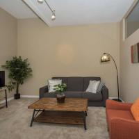Prime 2 BR Downtown Charmer