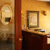 Hotel Vila Ariston </h2 <div class=sr-card__item sr-card__item--badges <span class=bui-badge bui-badge--destructive Rasprodano! </span </div <div class=sr-card__item sr-card__item--red   <svg class=bk-icon -iconset-warning sr_svg__card_icon fill=#E21111 height=12 width=12<use xlink:href=#icon-iconset-warning</use</svg <div class= sr-card__item__content   Zakasnili ste! U ovom objektu više nema raspoloživih jedinica. </div </div </div </div </a <div data-expanded-content class=u-padding:8 u-text-align:center js-sr-card-footer g-hidden <div class=c-alert c-alert--deconstructive u-font-size:12 u-margin:0 js-soldout-alert<div class=u-font-weight:bold u-margin-bottom:4 U objektu Hotel Vila Ariston na odabrane datume nemamo raspoloživog smještaja. </div <button type=button class=c-chip u-margin:0 u-margin-top:10 u-width:100% card-not-available__button card-not-available__button_next js-next-available-dates-button <span class=c-chip__title Prikaži sljedeće dostupne datume </span </button <button type=button class=c-chip u-margin:0 u-margin-top:10 u-width:100% card-not-available__button u-color:grey card-not-available__button_loading <span class=c-chip__title Učitavanje… </span </button </div<a href=/hotel/hr/vila-ariston.hr.html?label=gen173nr-1FCAQoggJCCmRpc3RyaWN0X1hIEFgEaOQBiAEBmAEQuAEYyAEF2AEB6AEB-AEDiAIBqAIEuALMgZPnBcACAQ;sid=44f00edab1526910465bd20432b20eb6;checkin=2019-06-01;checkout=2019-06-02;dest_type=district;hapos=1;hpos=1;nflt=pri%3D;soh=1;sr_order=price;srepoch=1558495436;srpvid=0ff517e61fd500e5;ucfs=1&;soh=1 class=card-not-available__link u-display:block u-text-decoration:none  target=_blank  Svejedno prikaži objekt</a</div </li <div data-et-view=cJaQWPWNEQEDSVWe:1</div <li id=hotel_5069992 data-is-in-favourites=0 data-hotel-id='5069992' class=sr-card sr-card--arrow bui-card bui-u-bleed@small js-sr-card m_sr_info_icons card-halved card-halved--active   <a href=/hotel/rs/stan-za-radnike.hr.html?label=gen173nr-1FCAQoggJCCmRpc3RyaWN0X1hIEFgEaOQBiAEBmAEQuAEYyAEF