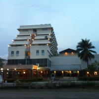 Paradorn Inn