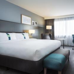 โรงแรมเครือ Holiday Inn   โรงแรมเครือ Holiday Inn 7 แห่งในน็อกซ์วิลล์